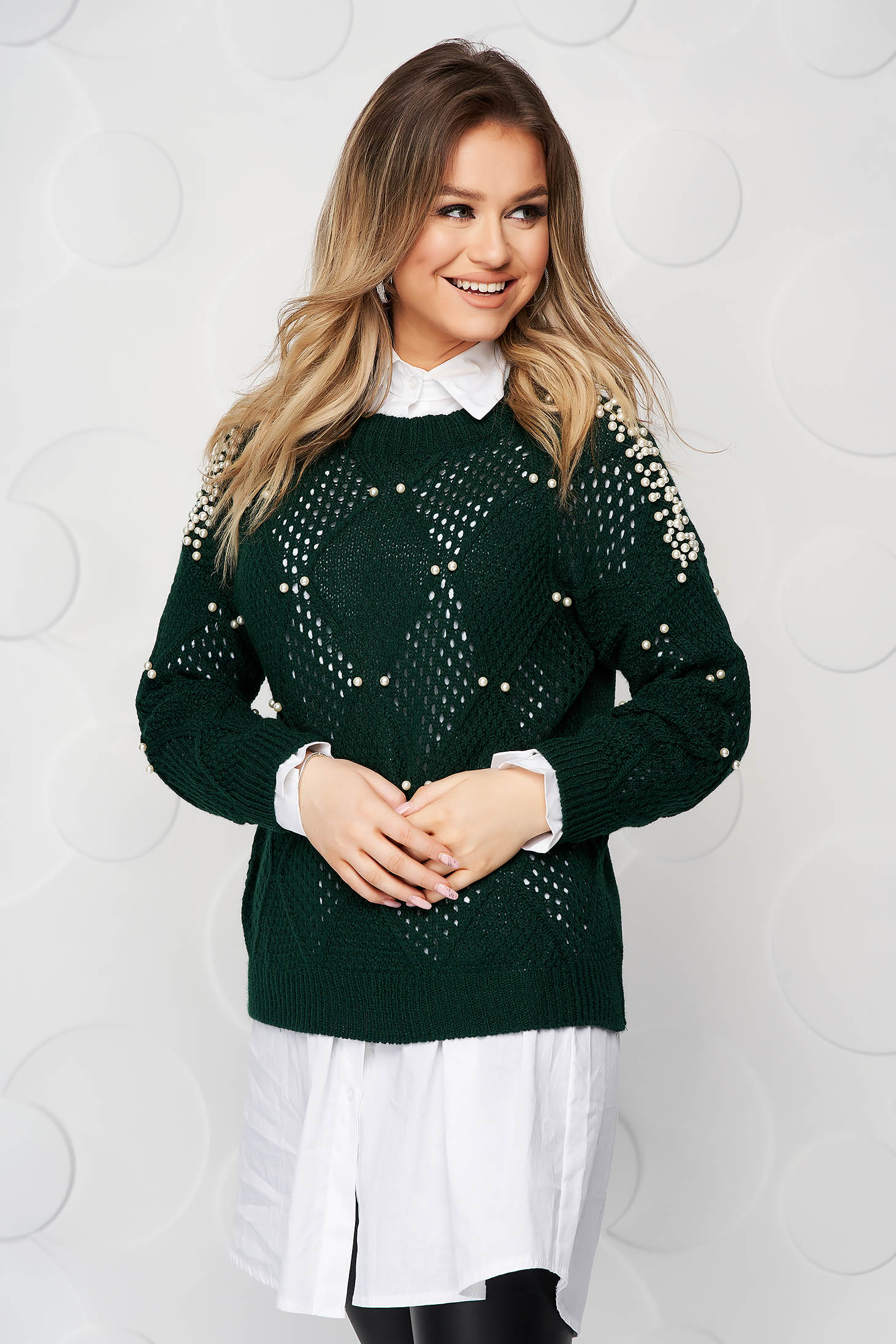 Green sweater casual knitted flared with pearls
