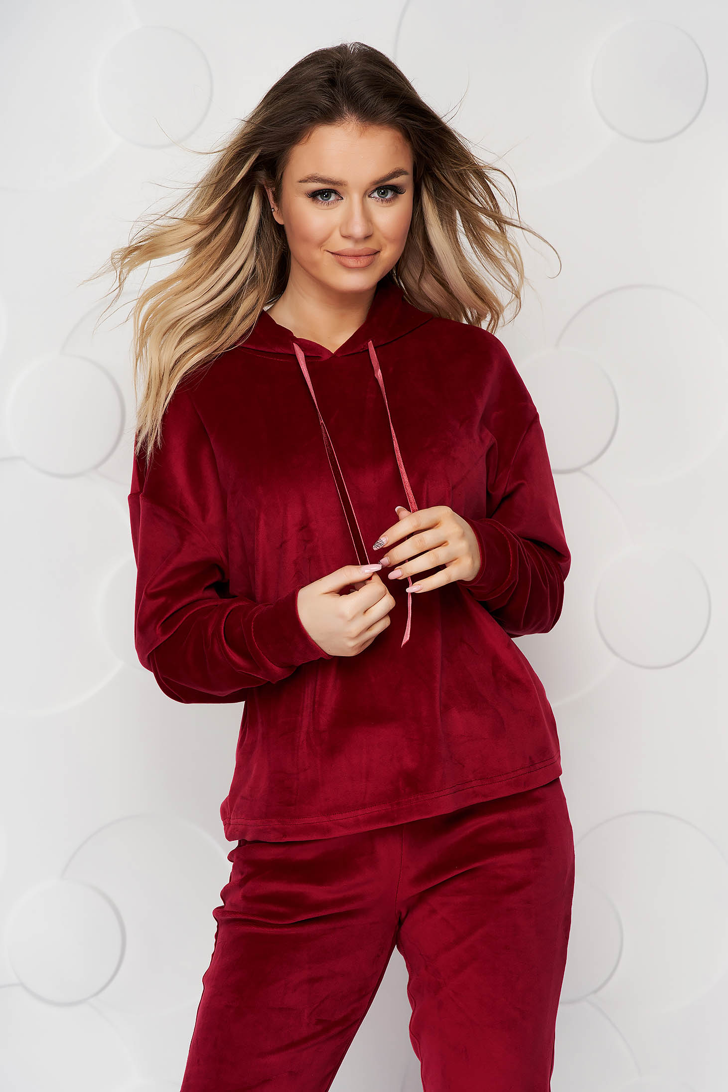 Burgundy casual sport 2 pieces 2 pieces loose fit with undetachable hood