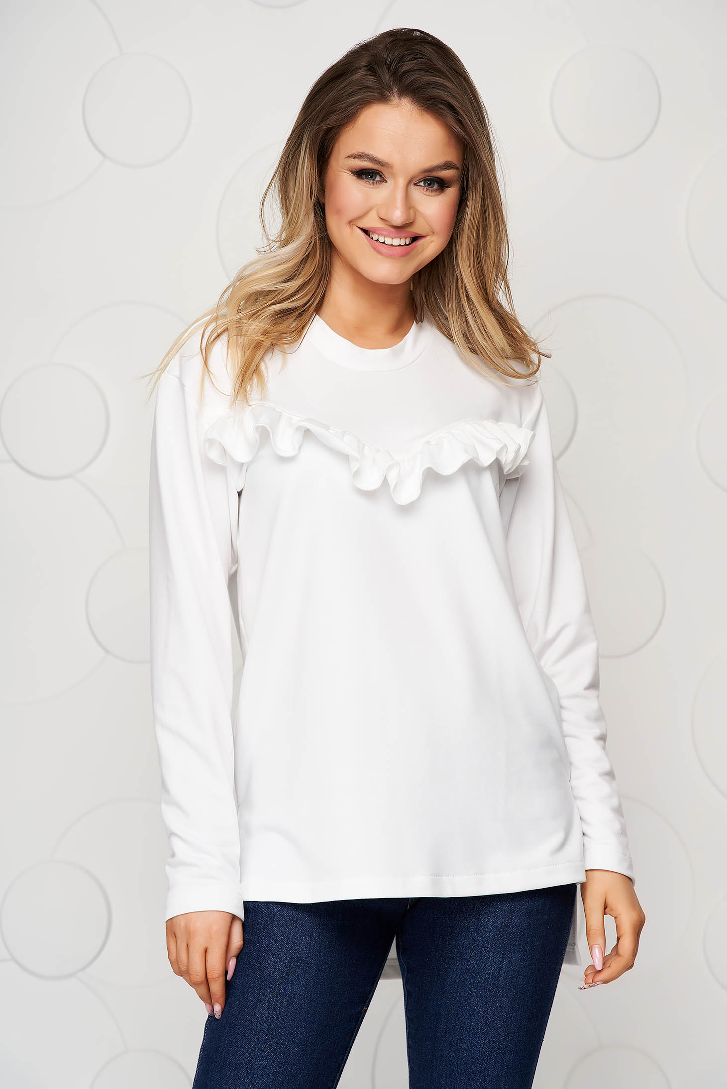 Sporty loose fit StarShinerS white women`s blouse with lace details
