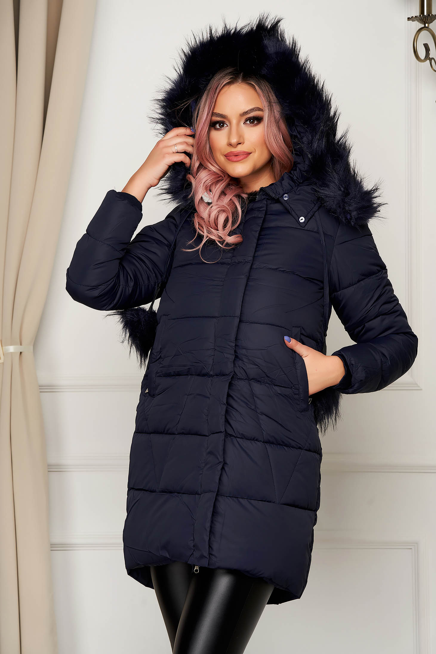 Jacket darkblue from slicker with furry hood with pockets long with tassels