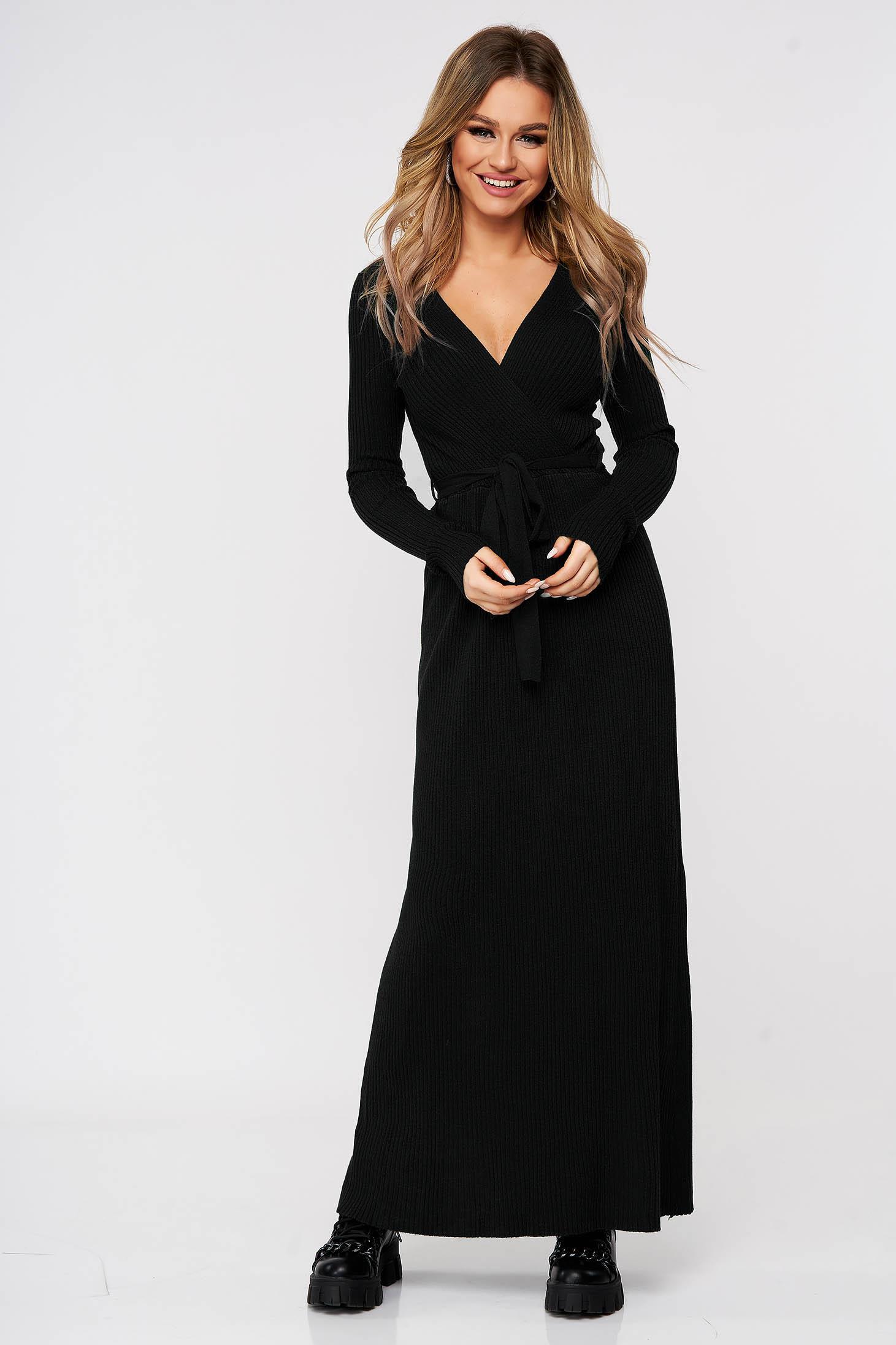 Rochie SunShine casual neagra tricotata accesorizata cu cordon din material reiat elastic si fin