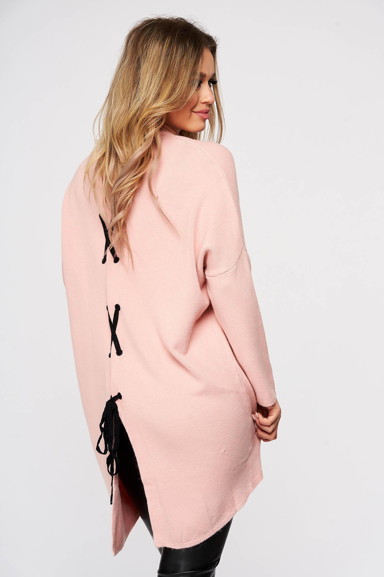 Bluza dama SunShine roz tricotata din material elastic si fin cu croi larg cu snur si slit la spate