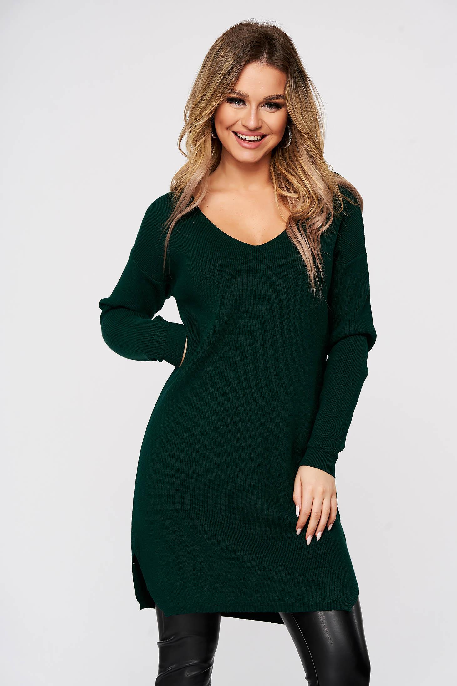 Rochie SunShine verde tricotata din material reiat elastic si fin cu slit lateral si cu decolteu in v