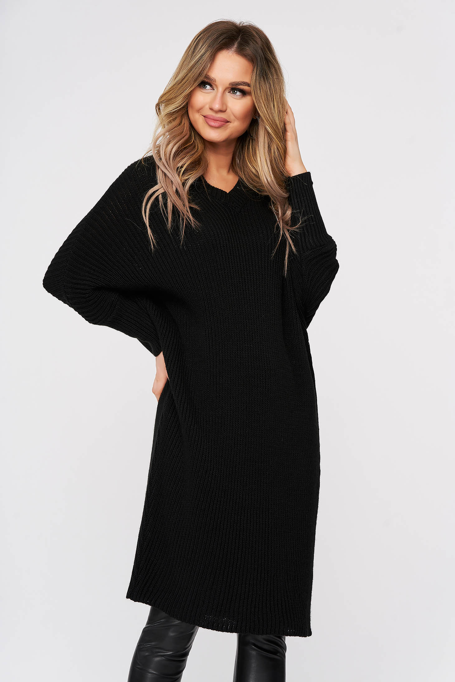 Black dress from striped fabric knitted fabric 3/4 sleeve large sleeves casual