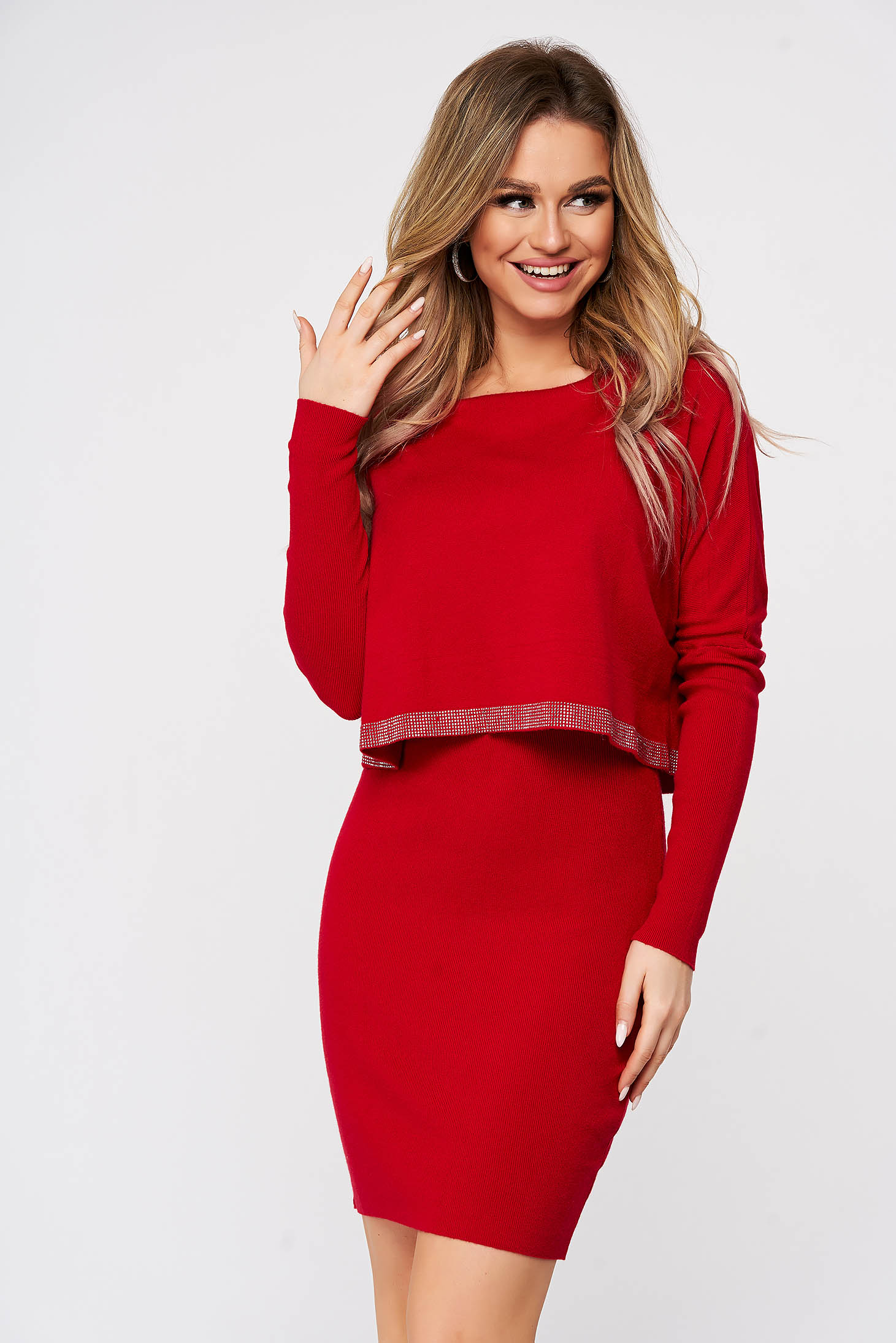 Rochie SunShine rosie din material moale reiat tricotat cu aplicatii cu pietre strass