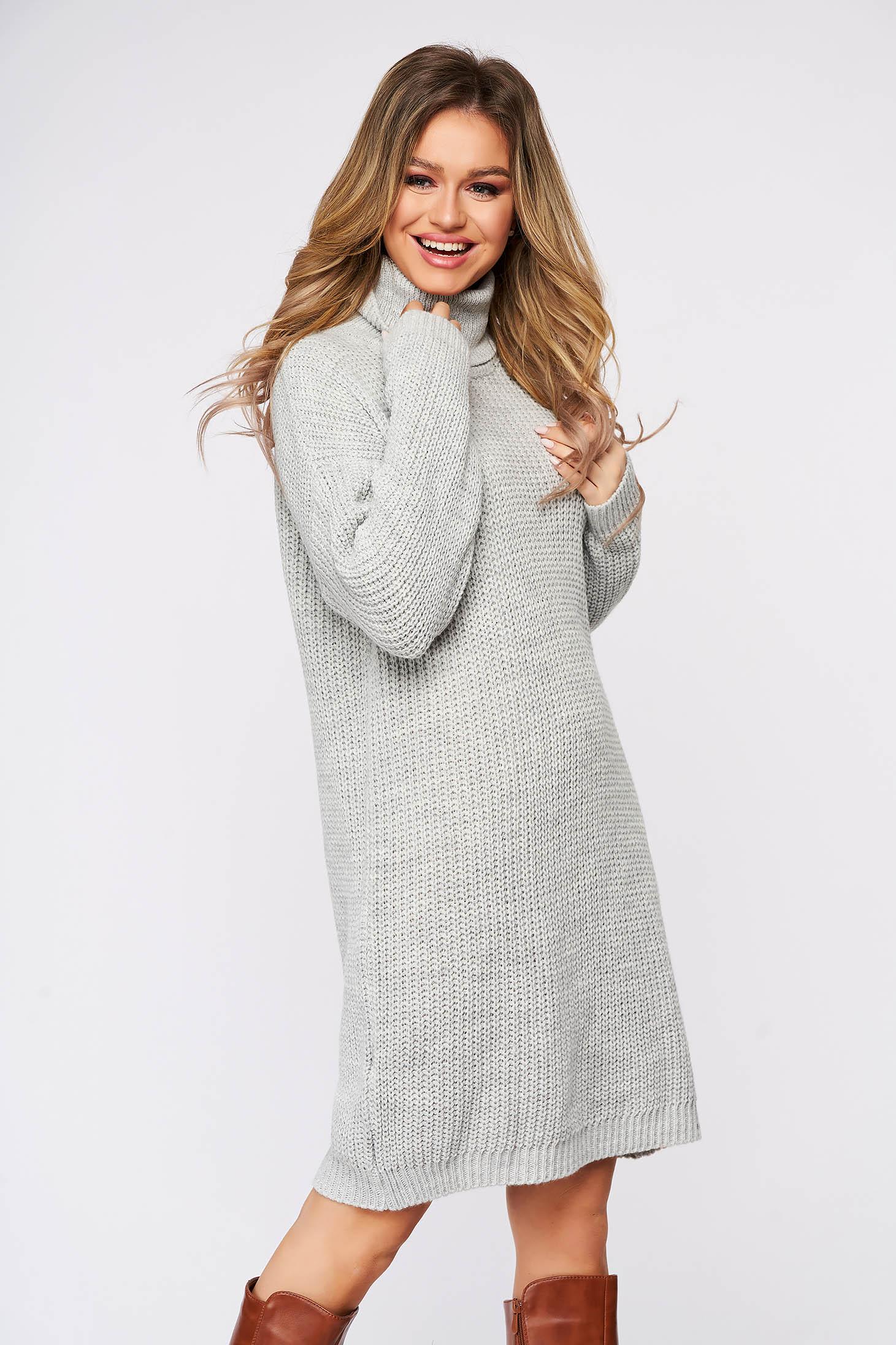 Rochie SunShine casual gri din material tricotat pe gat cu croi larg