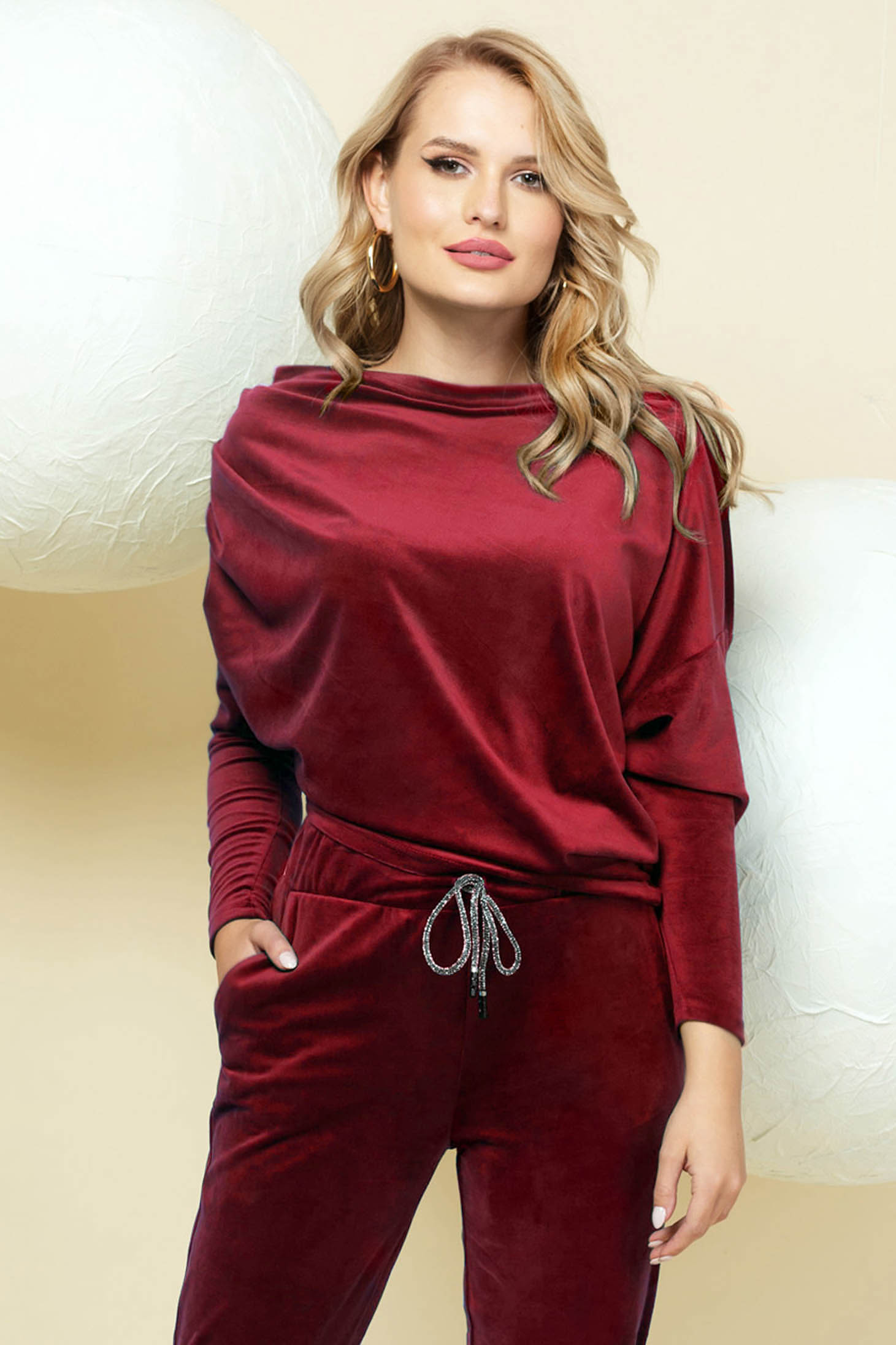 Casual burgundy sport 2 pieces with trousers velvet one shoulder