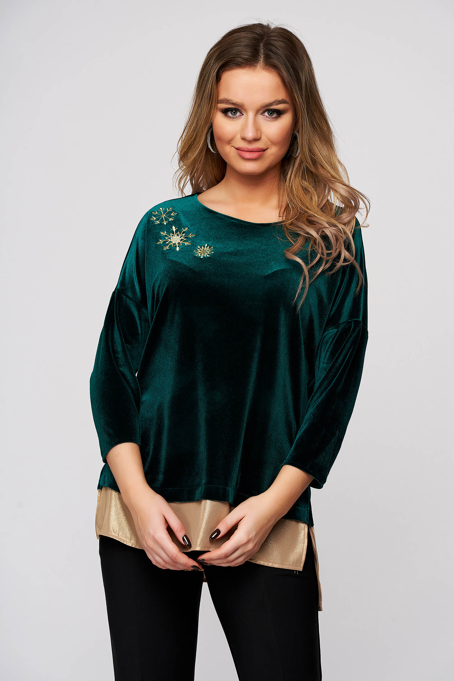 Women`s blouse StarShinerS green occasional velvet front embroidery