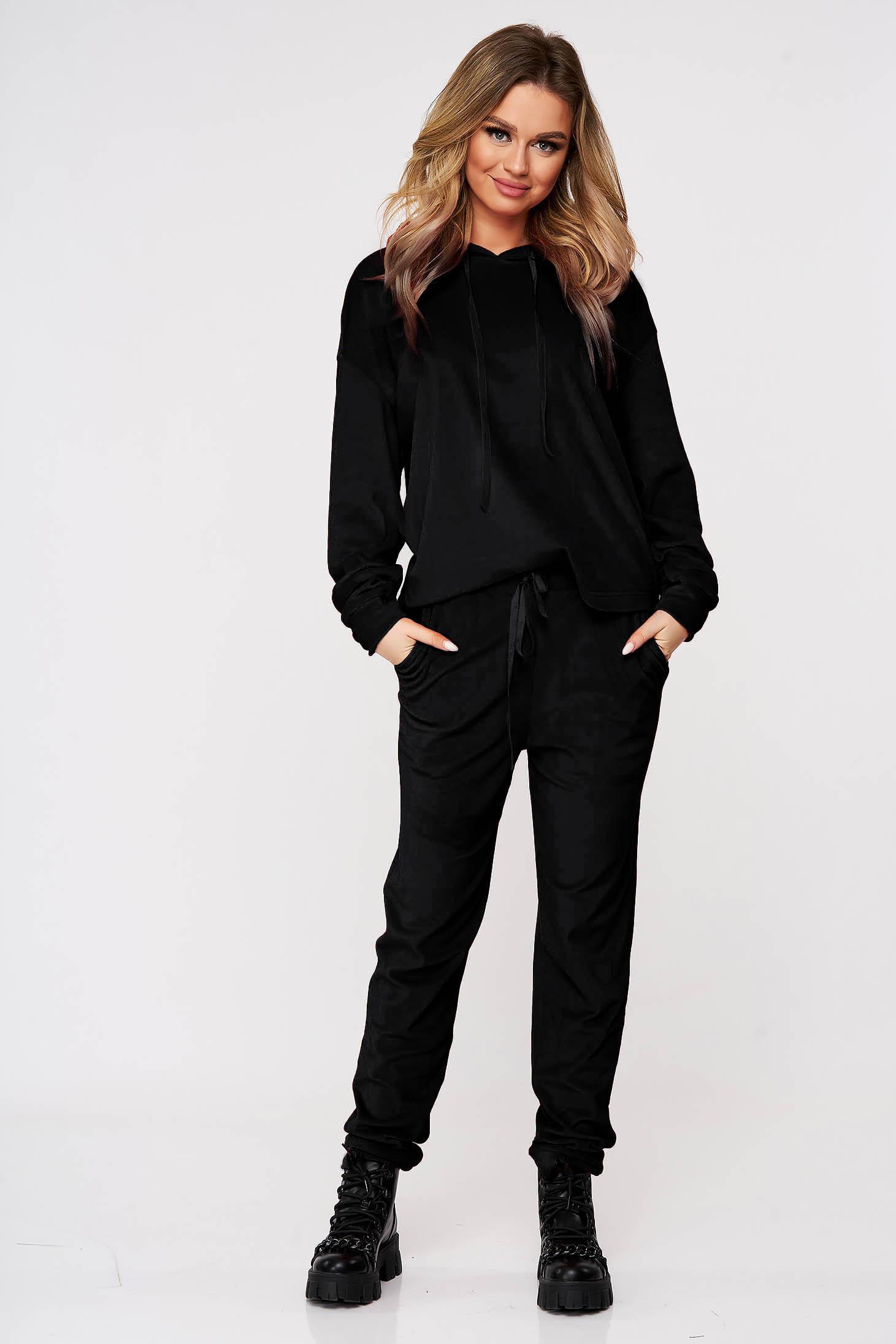 Fekete két részes fix kapucnis bő szabású casual sportos szett bársonyból