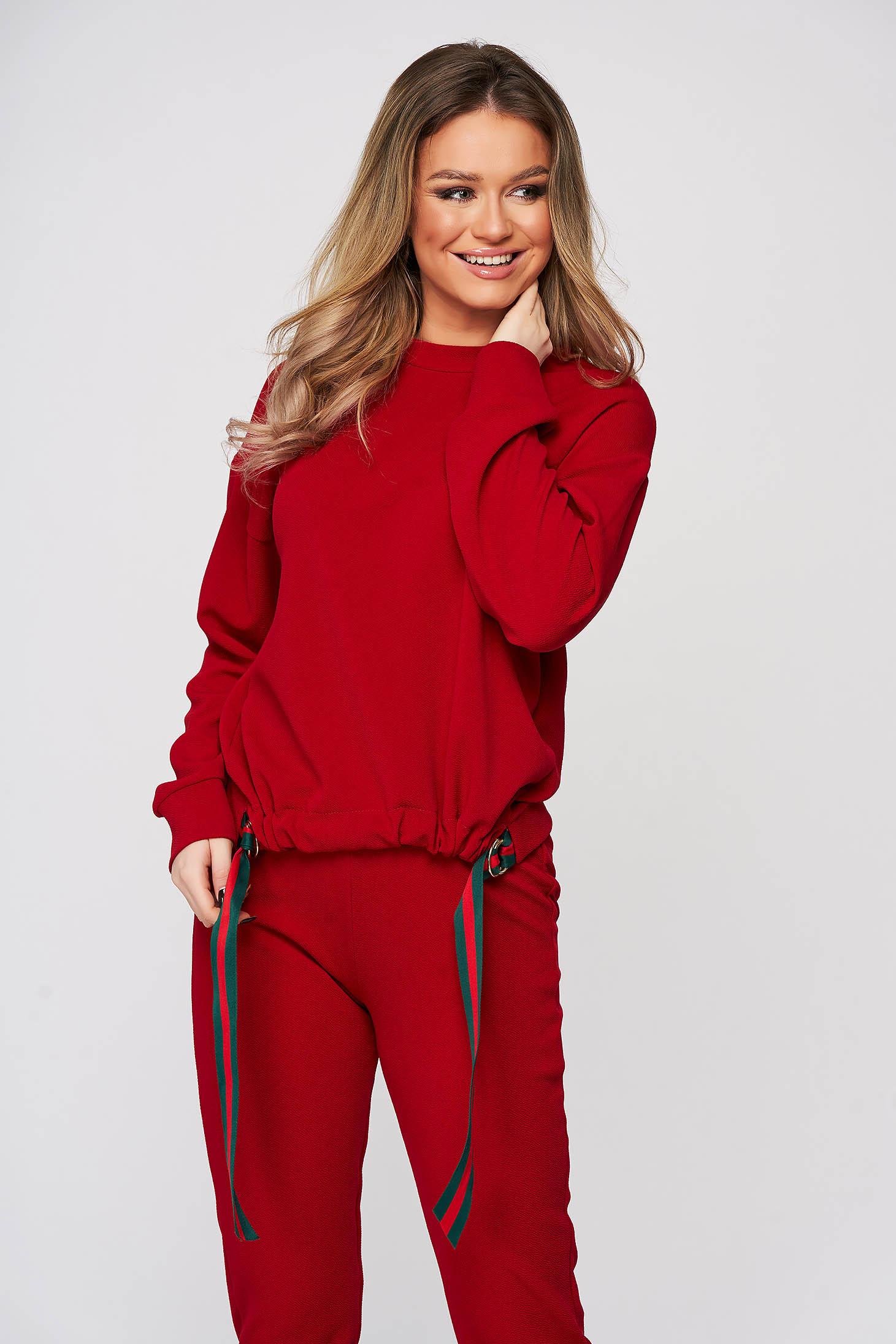 Bluza dama StarShinerS rosie sport din material elastic cu croi larg cu banda si inele metalice