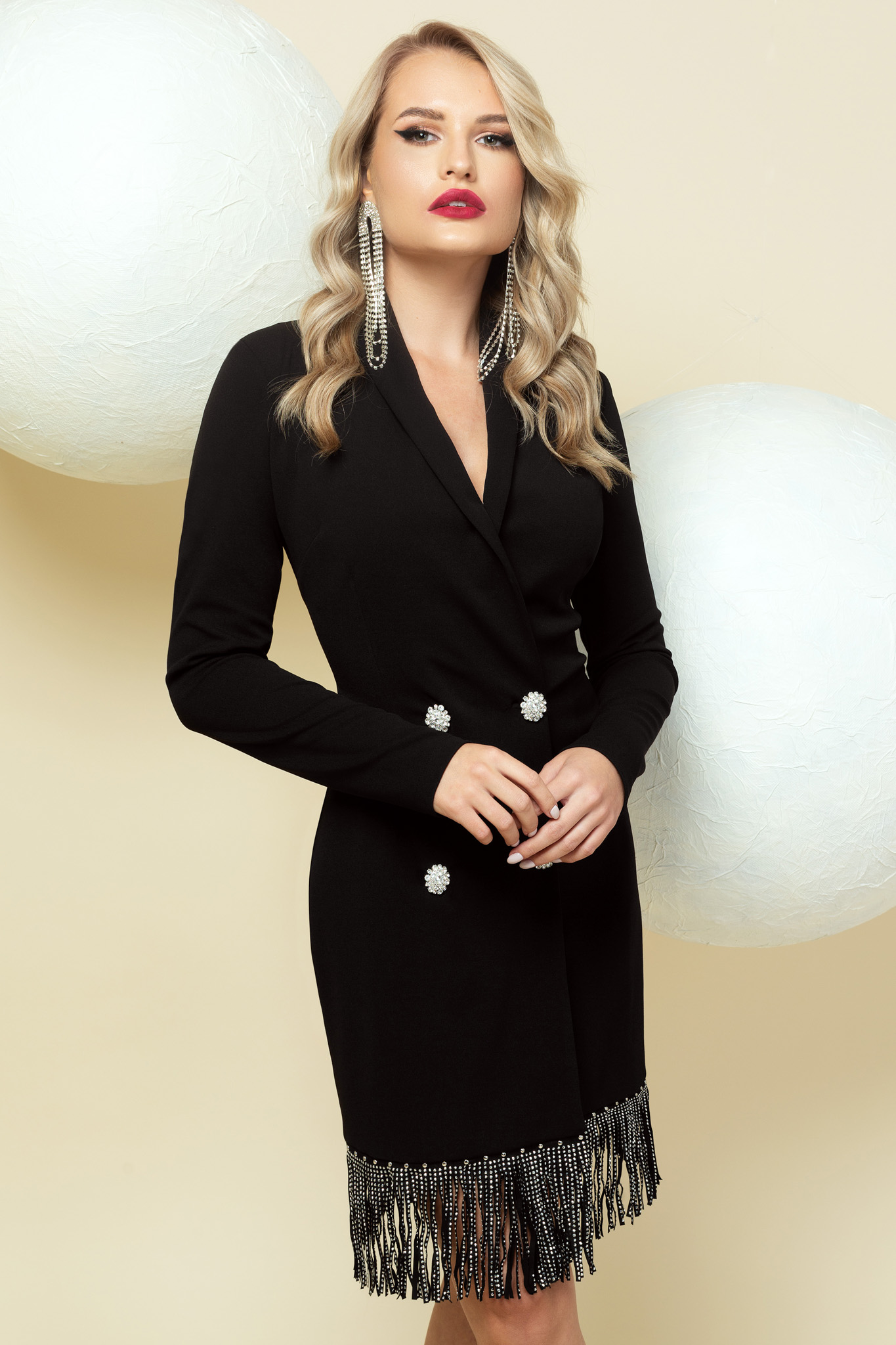 Dress blazer type black short cut occasional with fringes