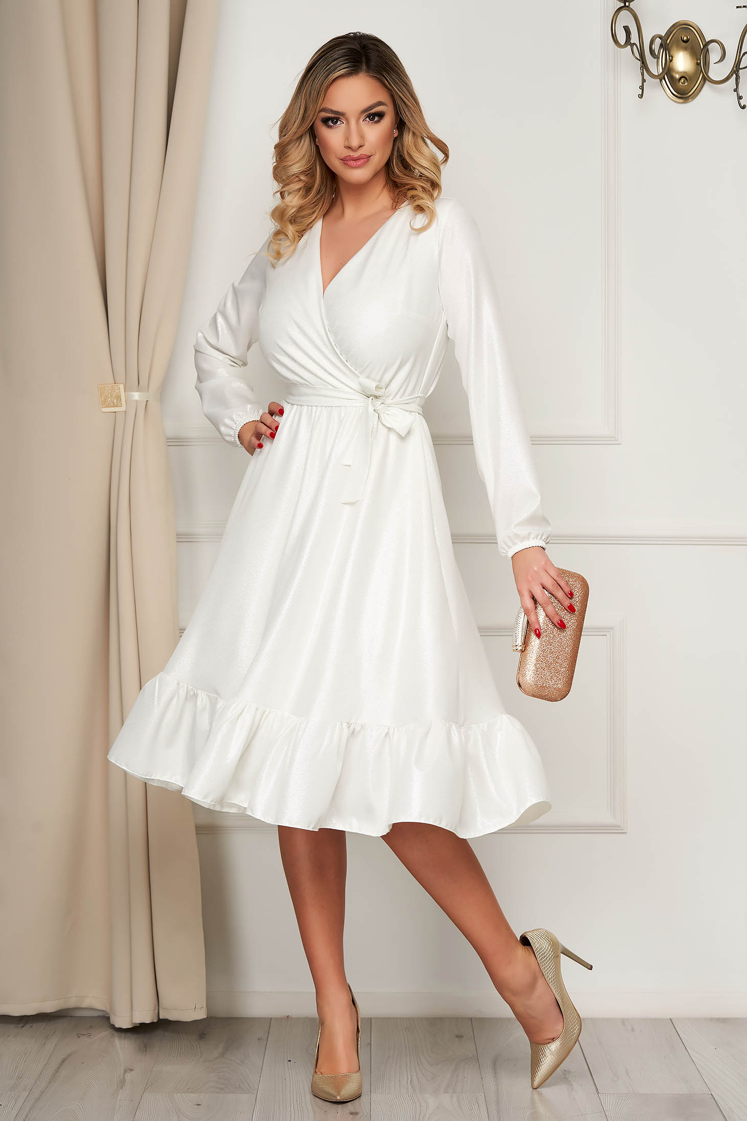 Fehér StarShinerS alkalmi vékony anyagú midi ruha harang alakú gumirozott derékrésszel