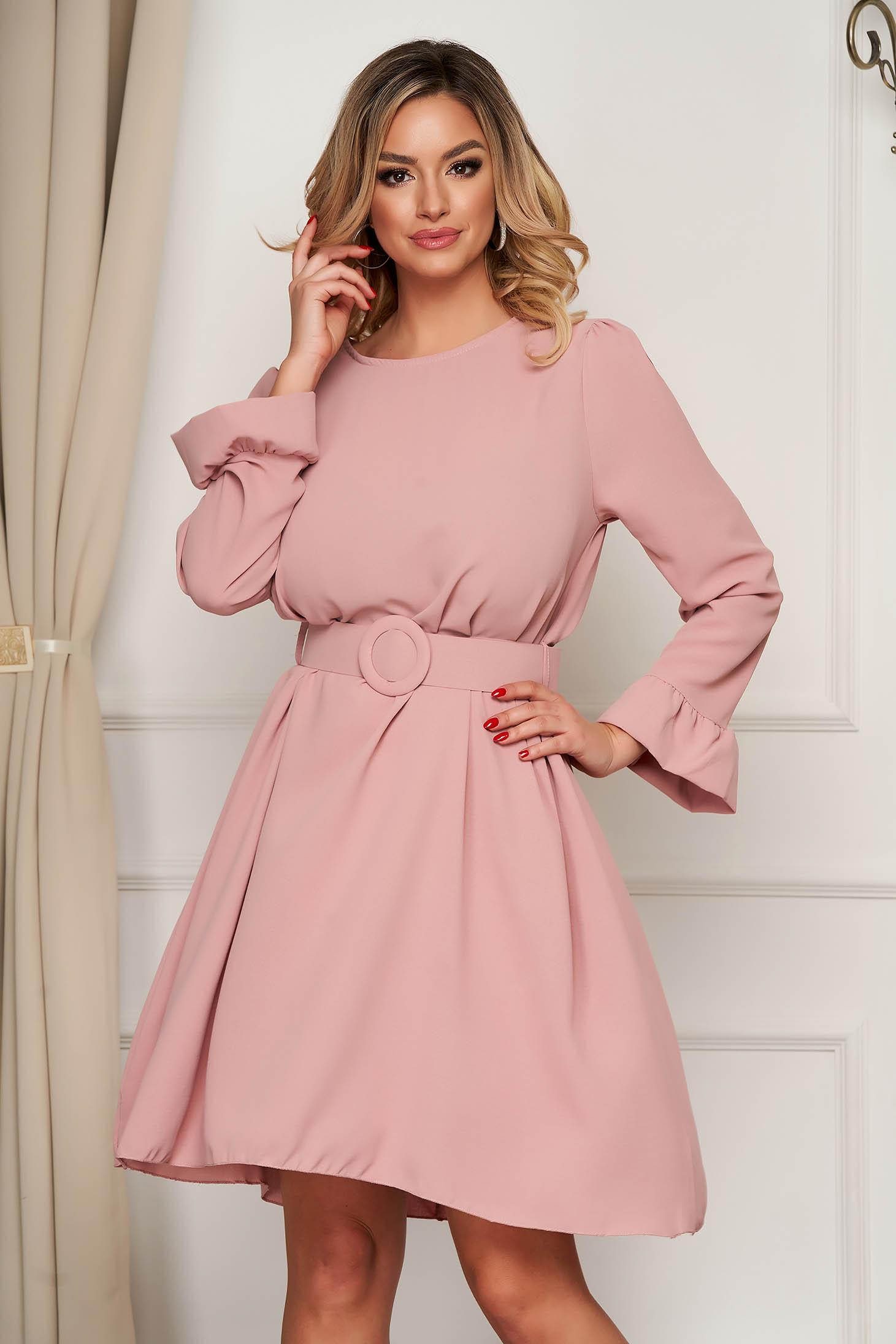 Rochie SunShine roz prafuit eleganta scurta in clos cu maneci clopot