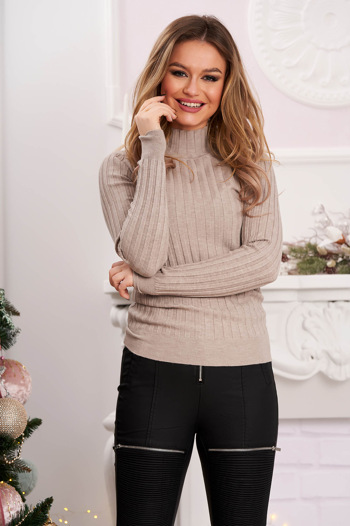 Turtleneck knitted sweater tented grey from striped fabric