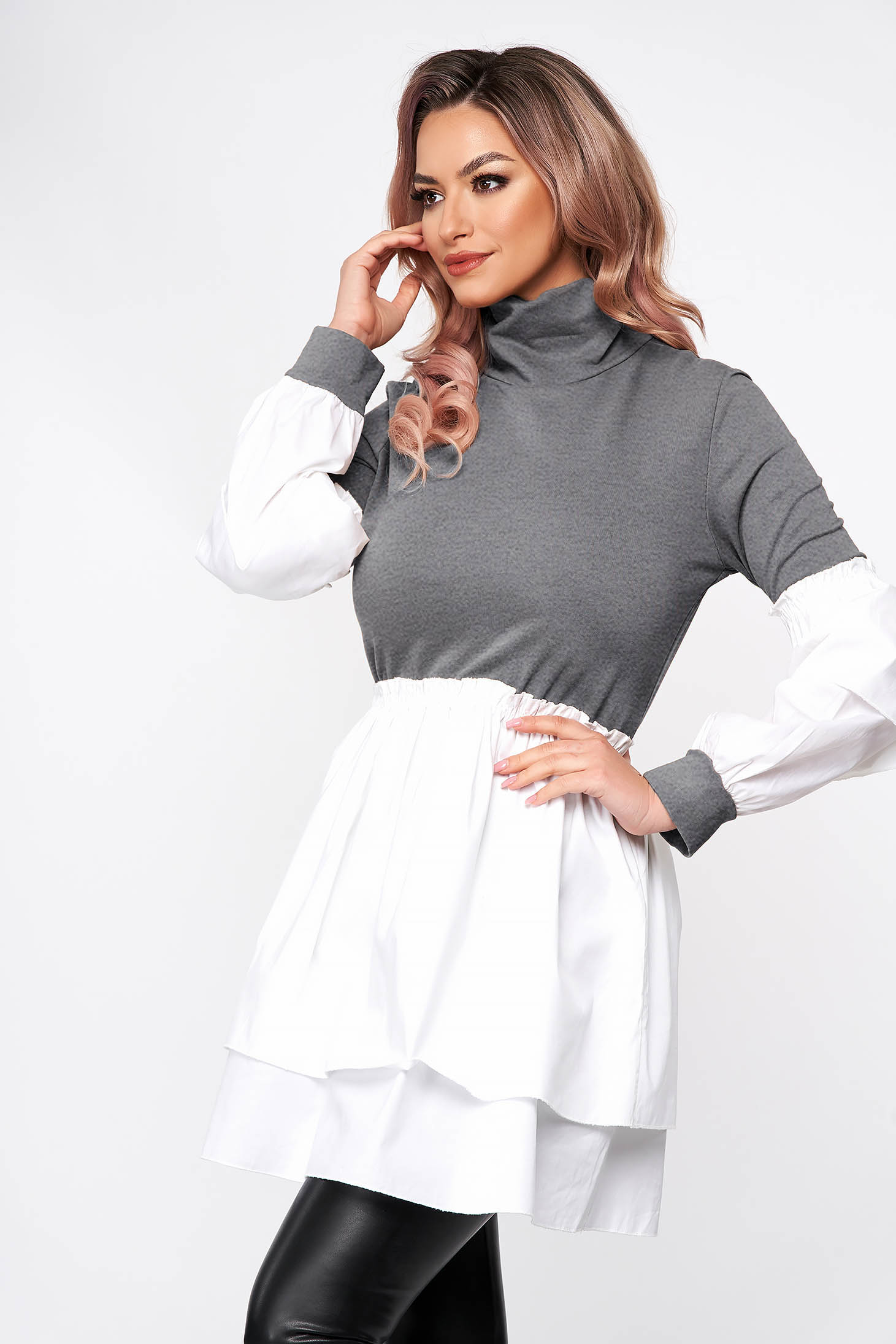 Grey dress short cut turtleneck from elastic fabric