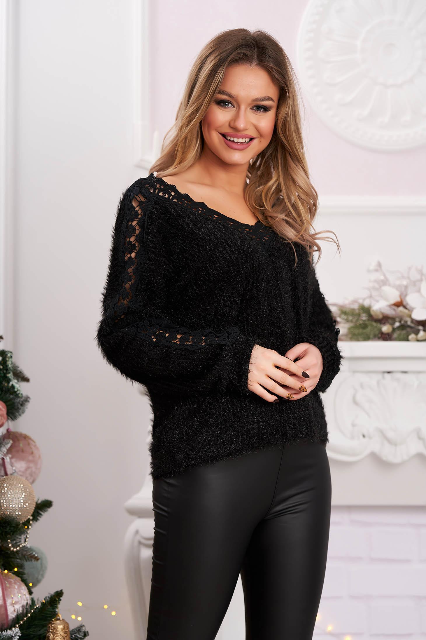 Pulover SunShine negru casual cu croi larg din material tricotat cu aplicatii de dantela