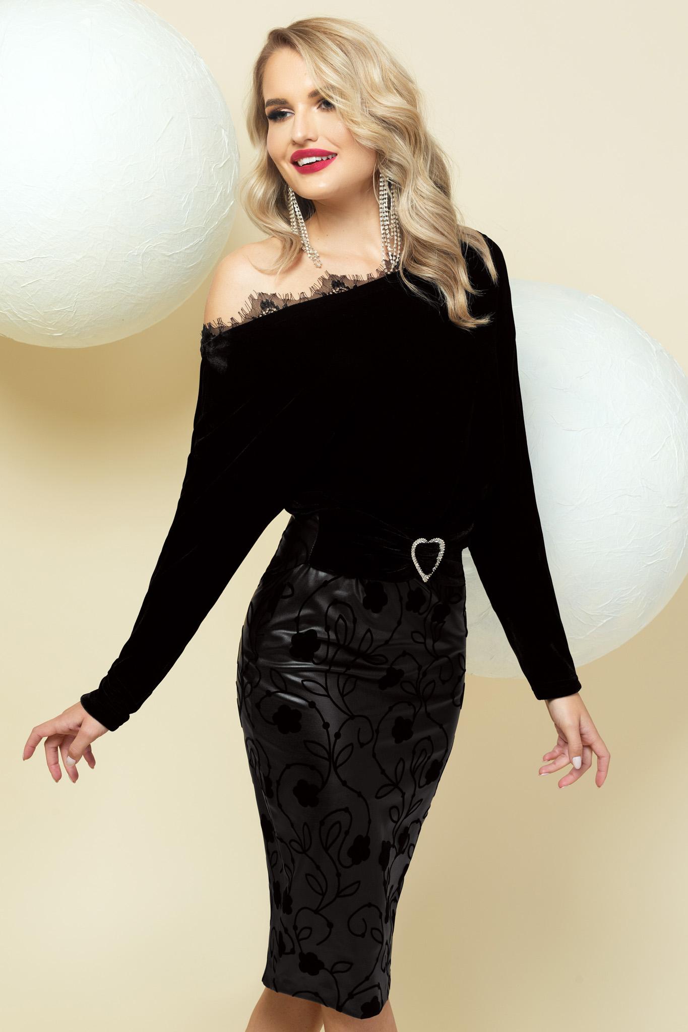 Fekete ruha alkalmi ceruza egy vállas csipke díszítéssel
