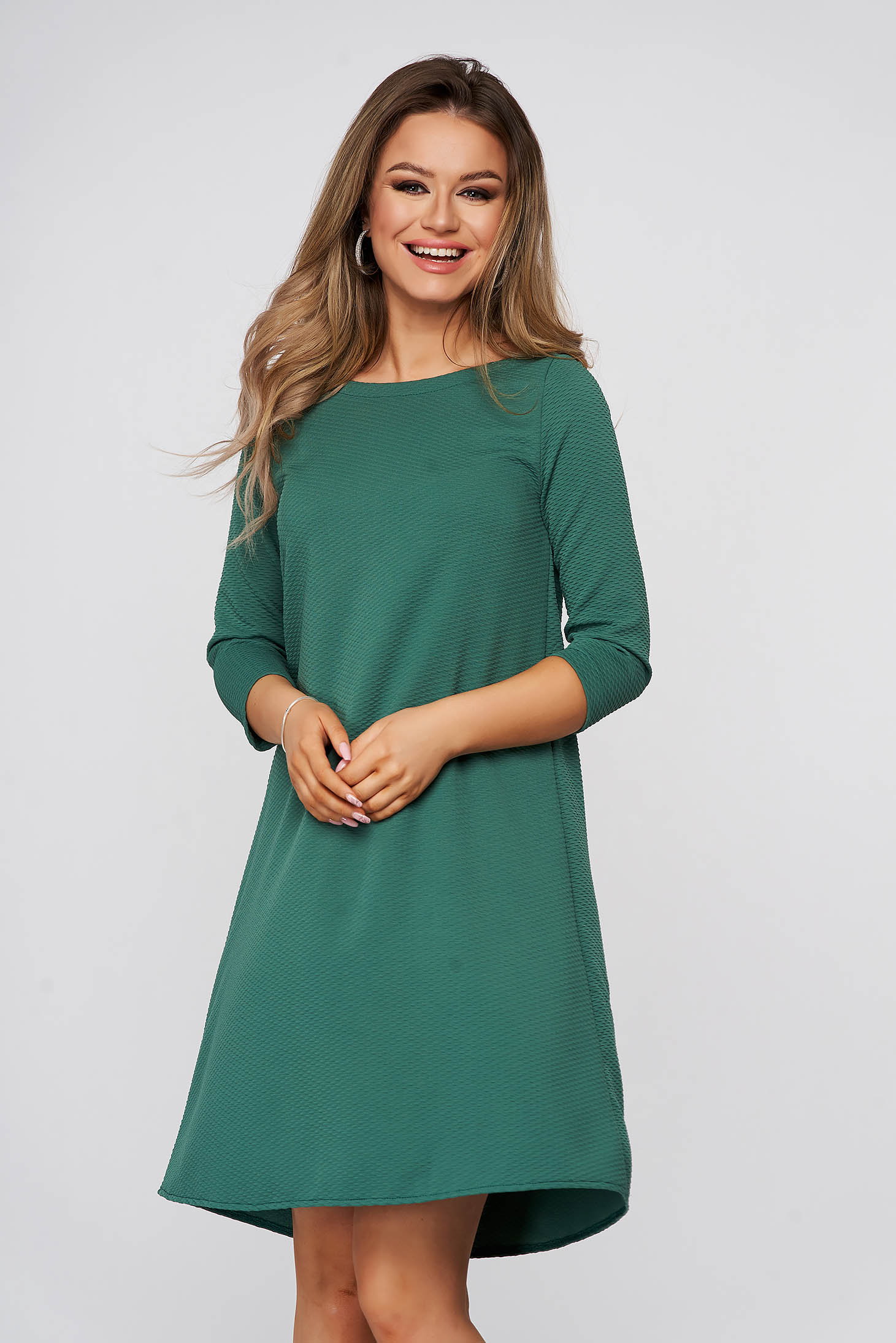Rochie StarShinerS verde scurta de zi din material usor elastic gofrat cu croi larg