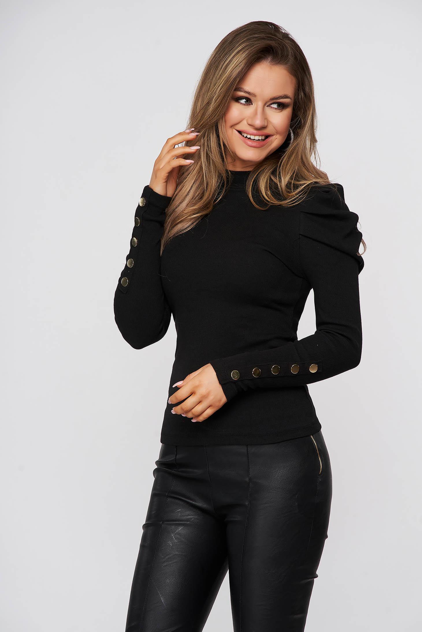 Fekete magas nyakú szűk szabású csíkozott anyagú, pamutból készült női blúz