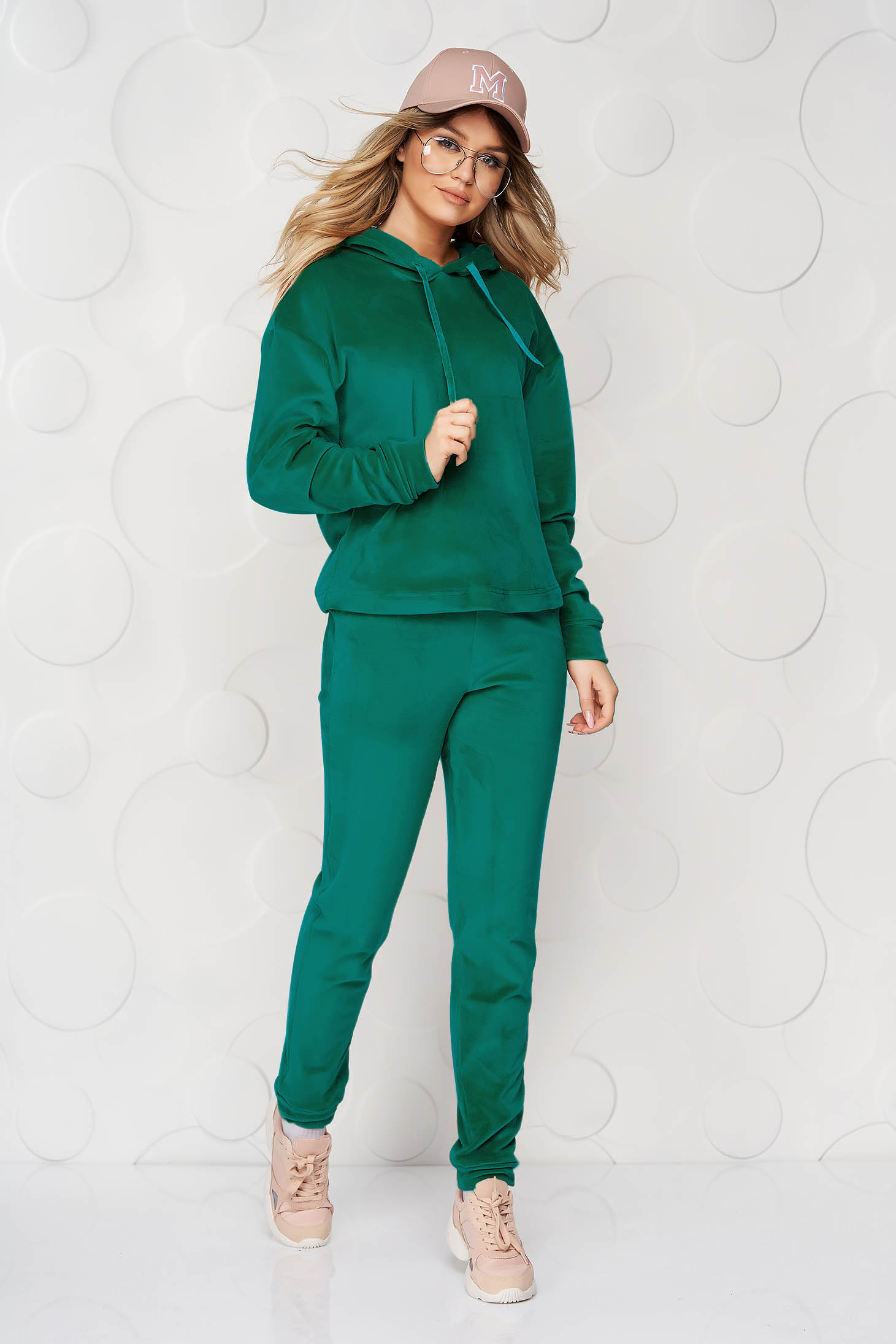 Green casual sport 2 pieces 2 pieces loose fit with undetachable hood