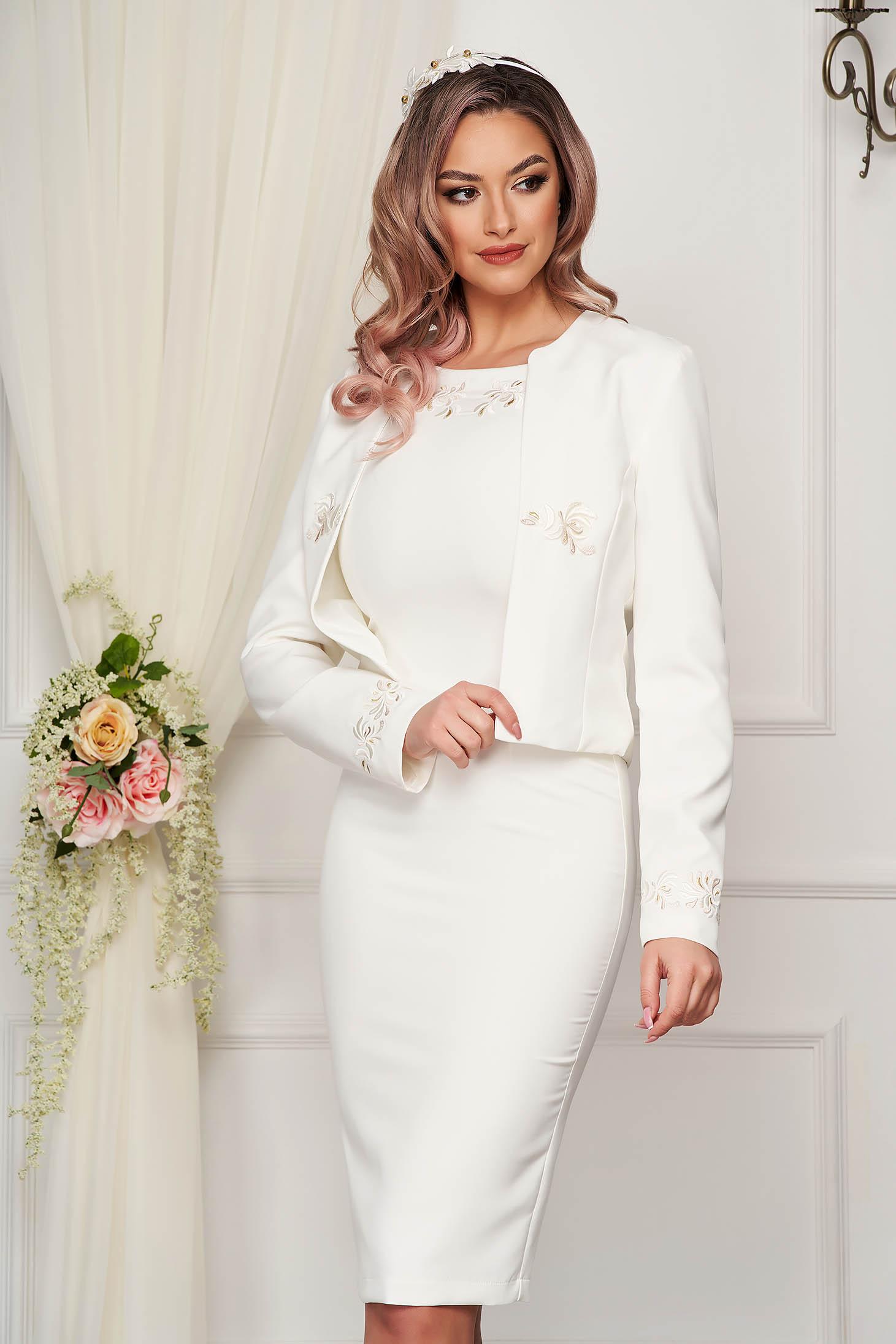 Compleu StarShinerS ivoire elegant cu rochie din stofa elastica cu insertii de broderie