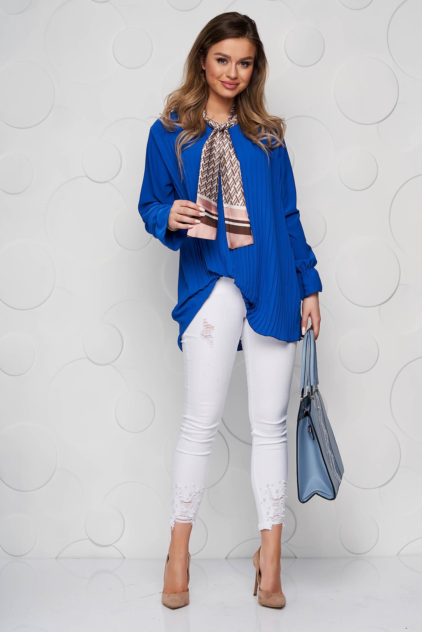 Női blúz kék irodai bő szabású rakott, pliszírozott kendő jellegű gallér