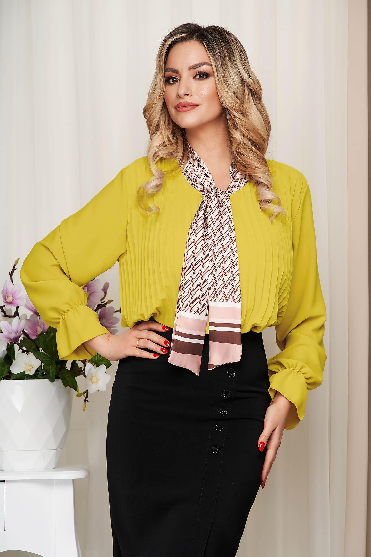 Bluza dama SunShine galbena office cu croi larg plisata cu guler tip esarfa