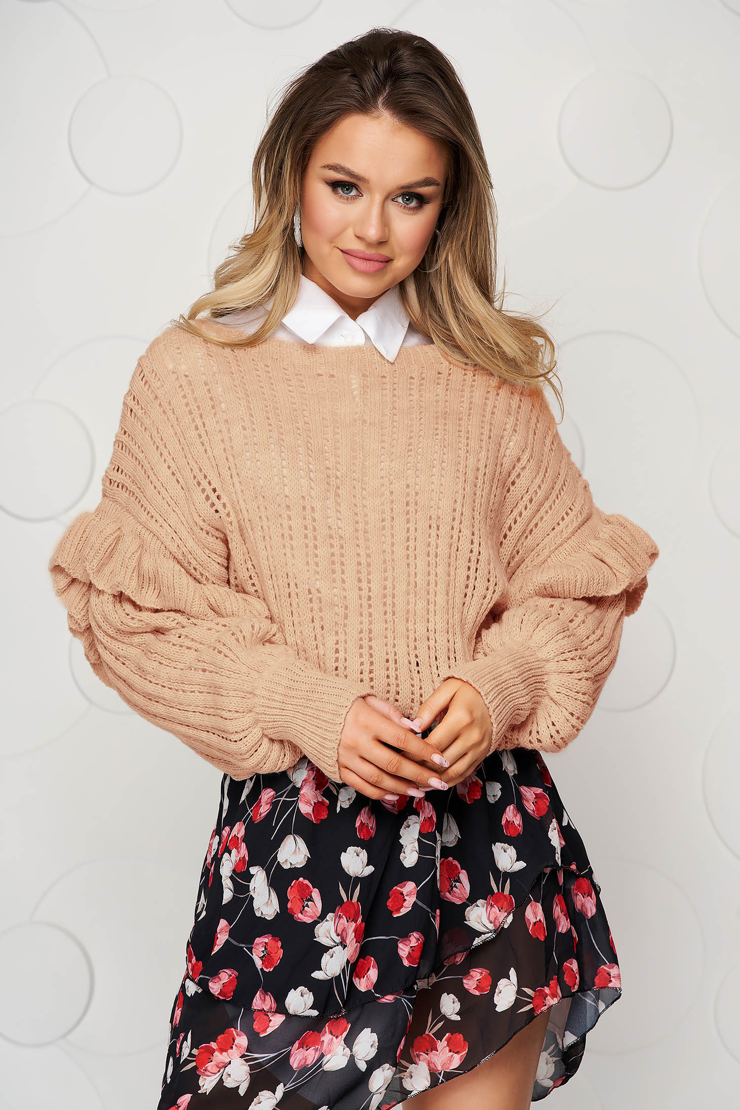Knitted cappuccino sweater transparent fabric with ruffle details loose fit