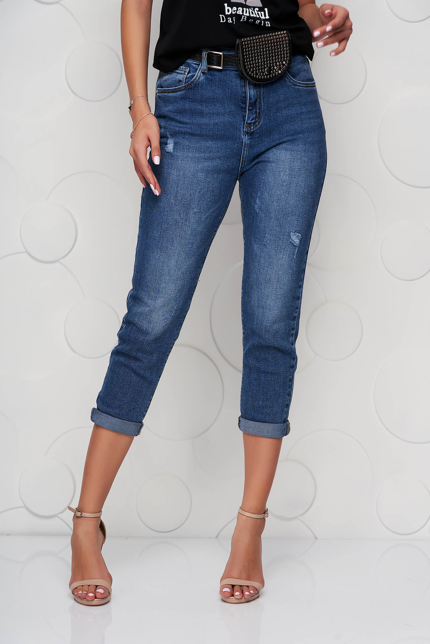 Blue jeans casual accessorized with belt high waisted