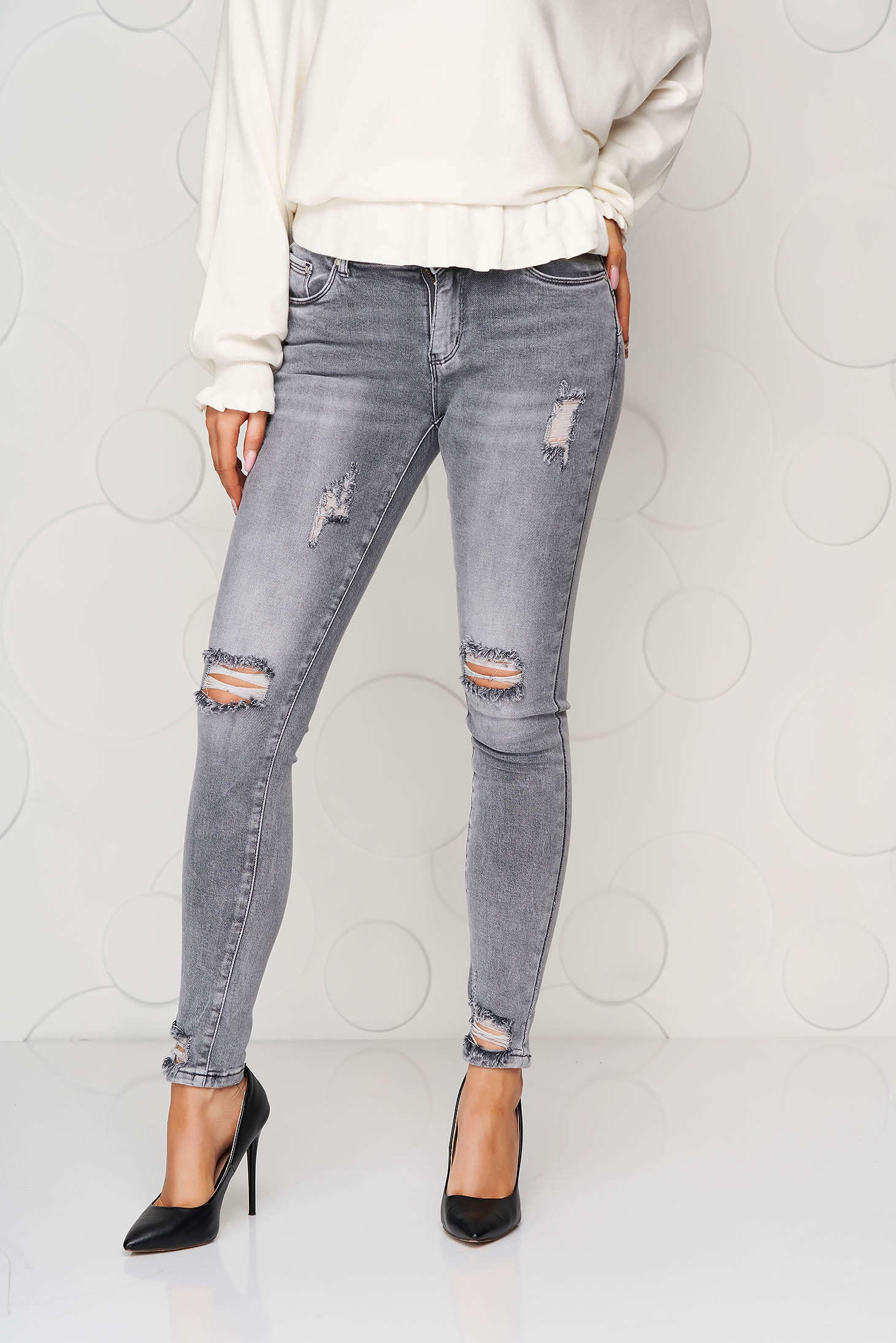 Grey jeans skinny jeans high waisted small rupture of material