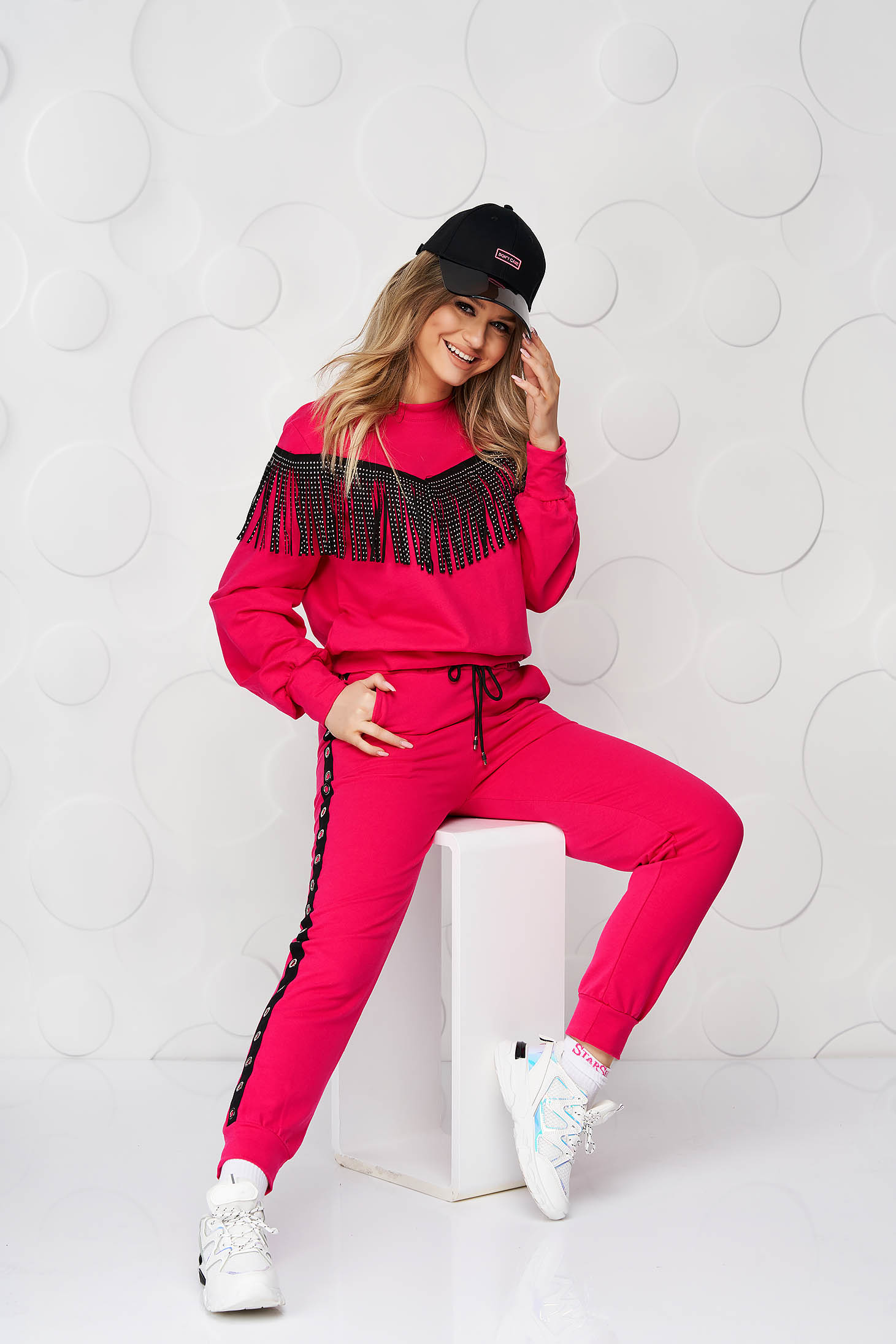 Fuchsia loose fit sport 2 pieces with fringes