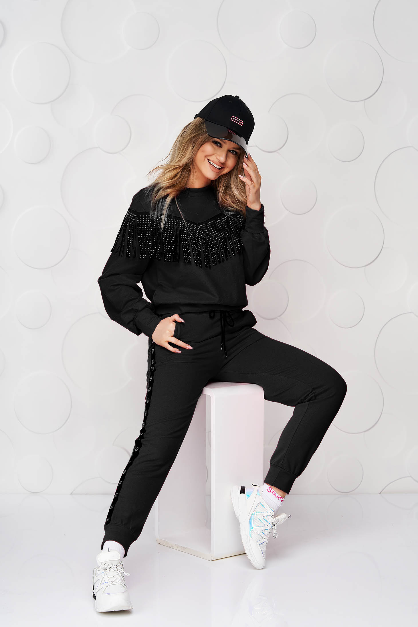 Black loose fit sport 2 pieces with fringes
