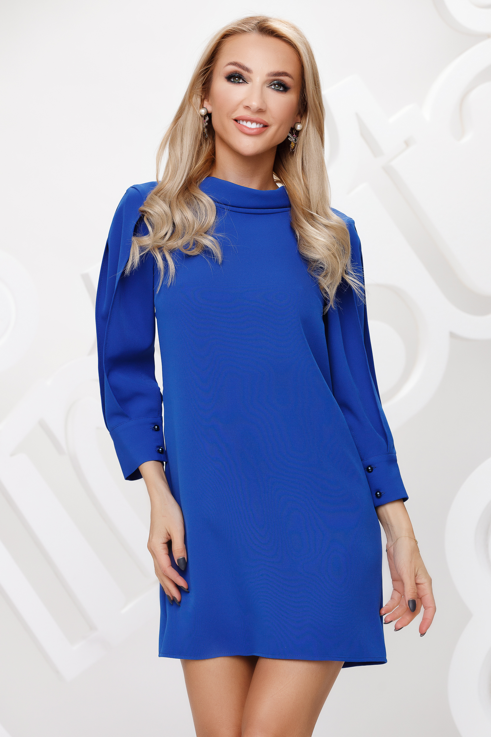 Blue dress short cut straight double collar