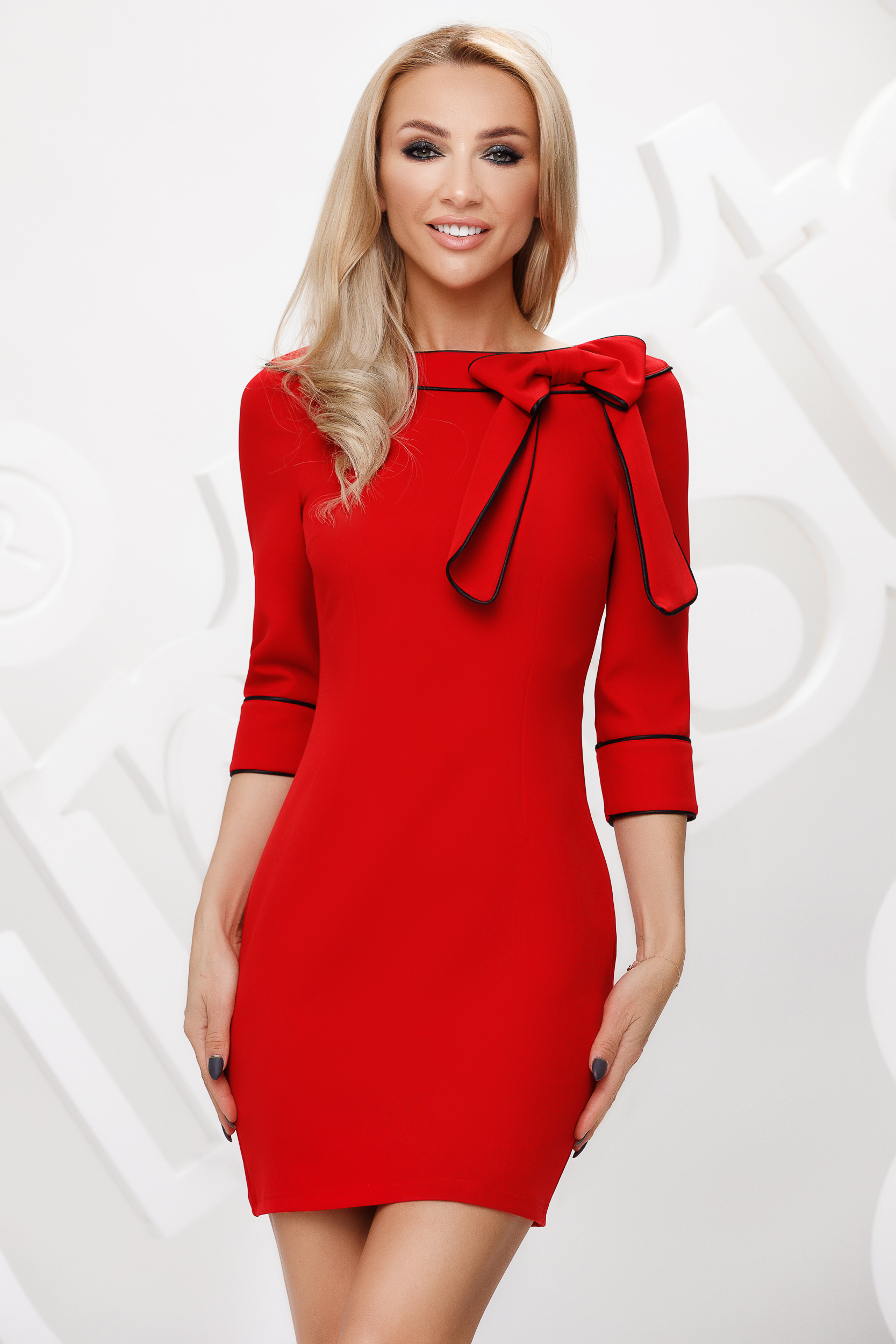Red dress pencil bow accessory double collar