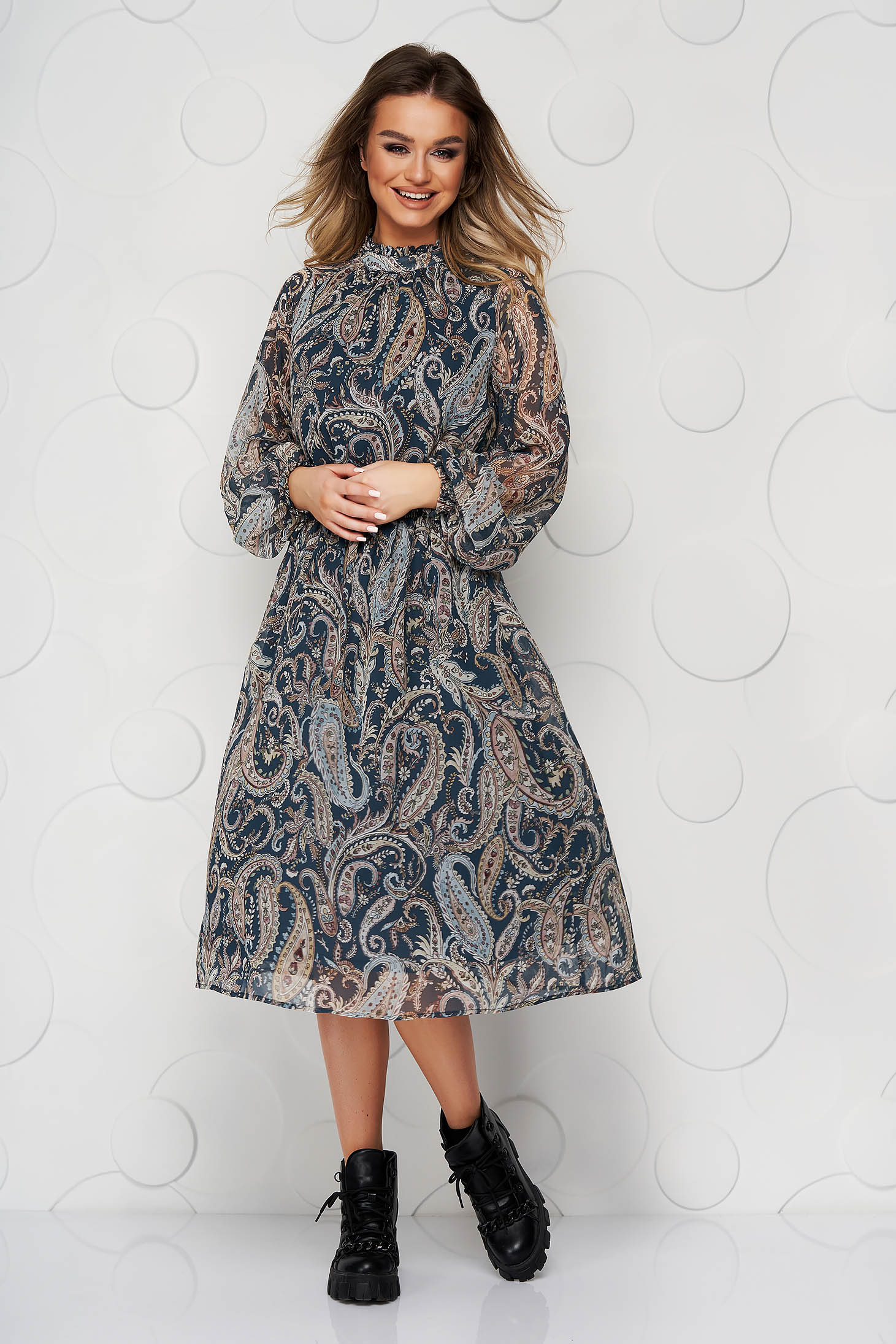 Blue dress with graphic details from veil fabric with inside lining cloche with elastic waist