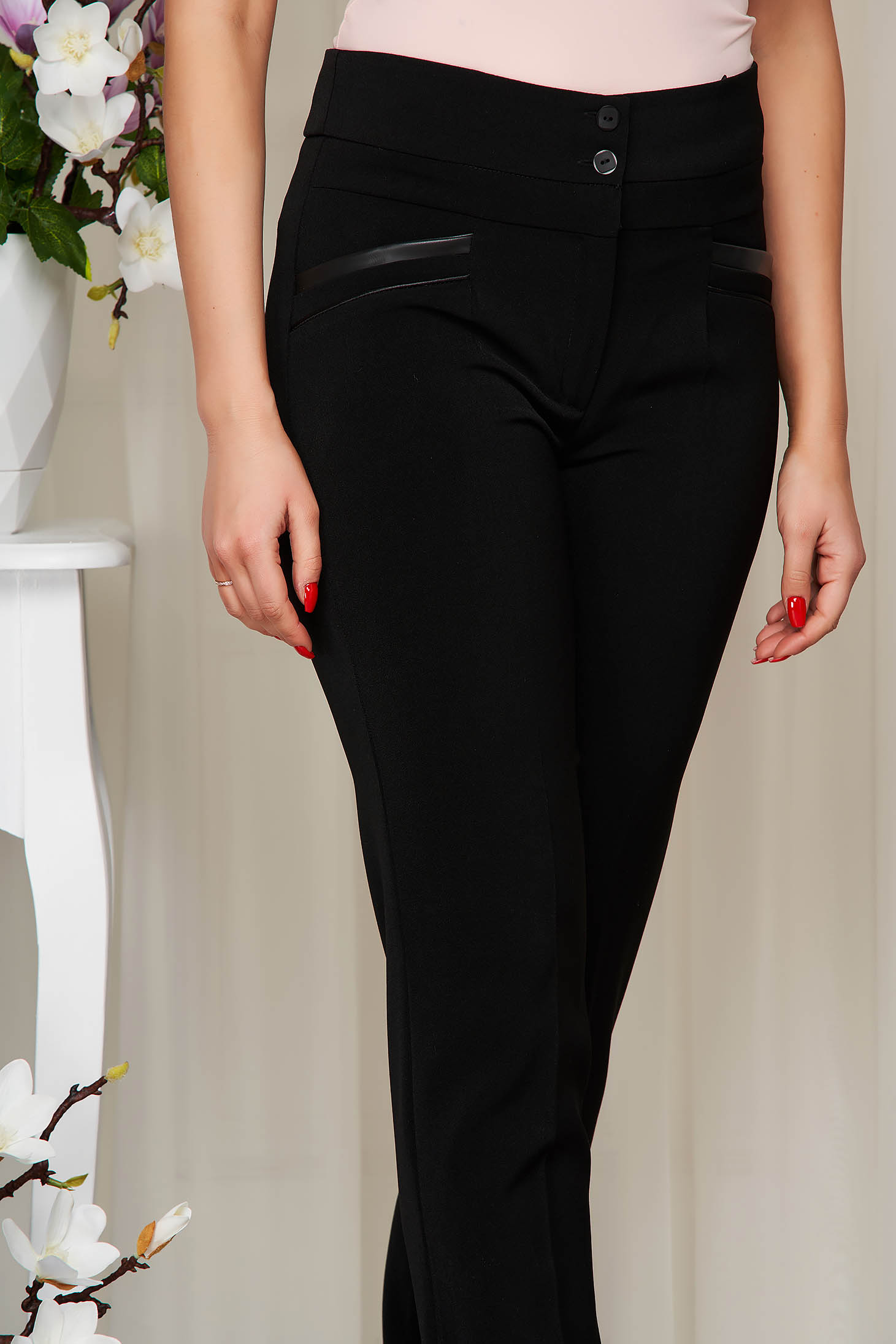 Black trousers conical high waisted cloth