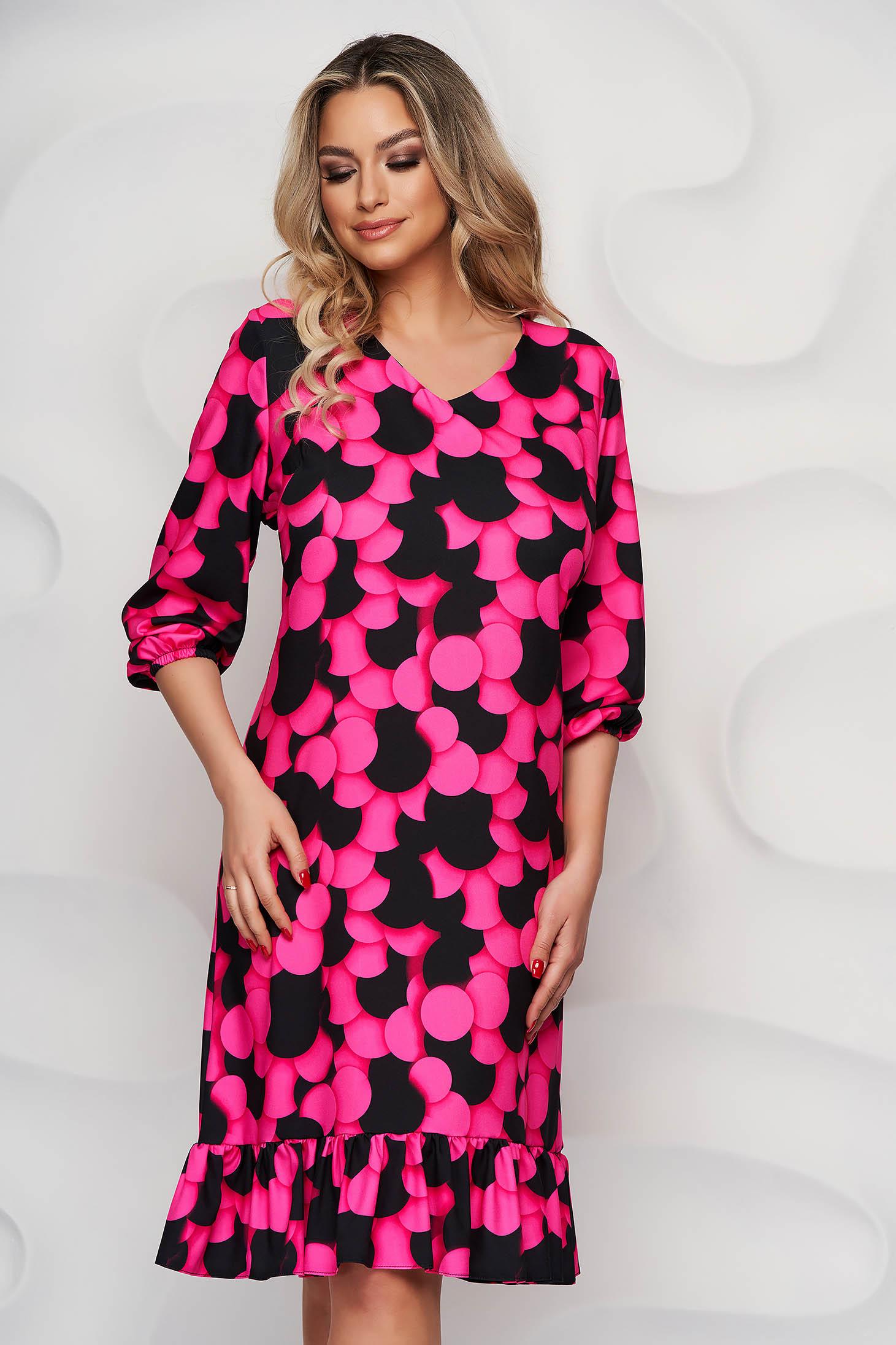 Rochie StarShinerS roz midi cu un croi drept din material neelastic cu volanase