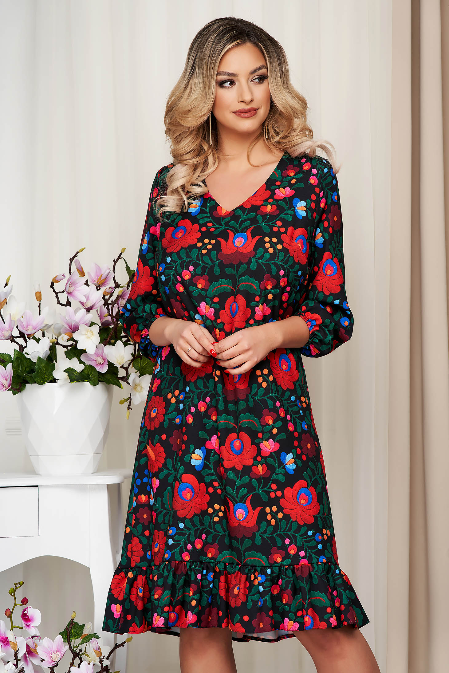 StarShinerS black dress with floral print nonelastic fabric straight office