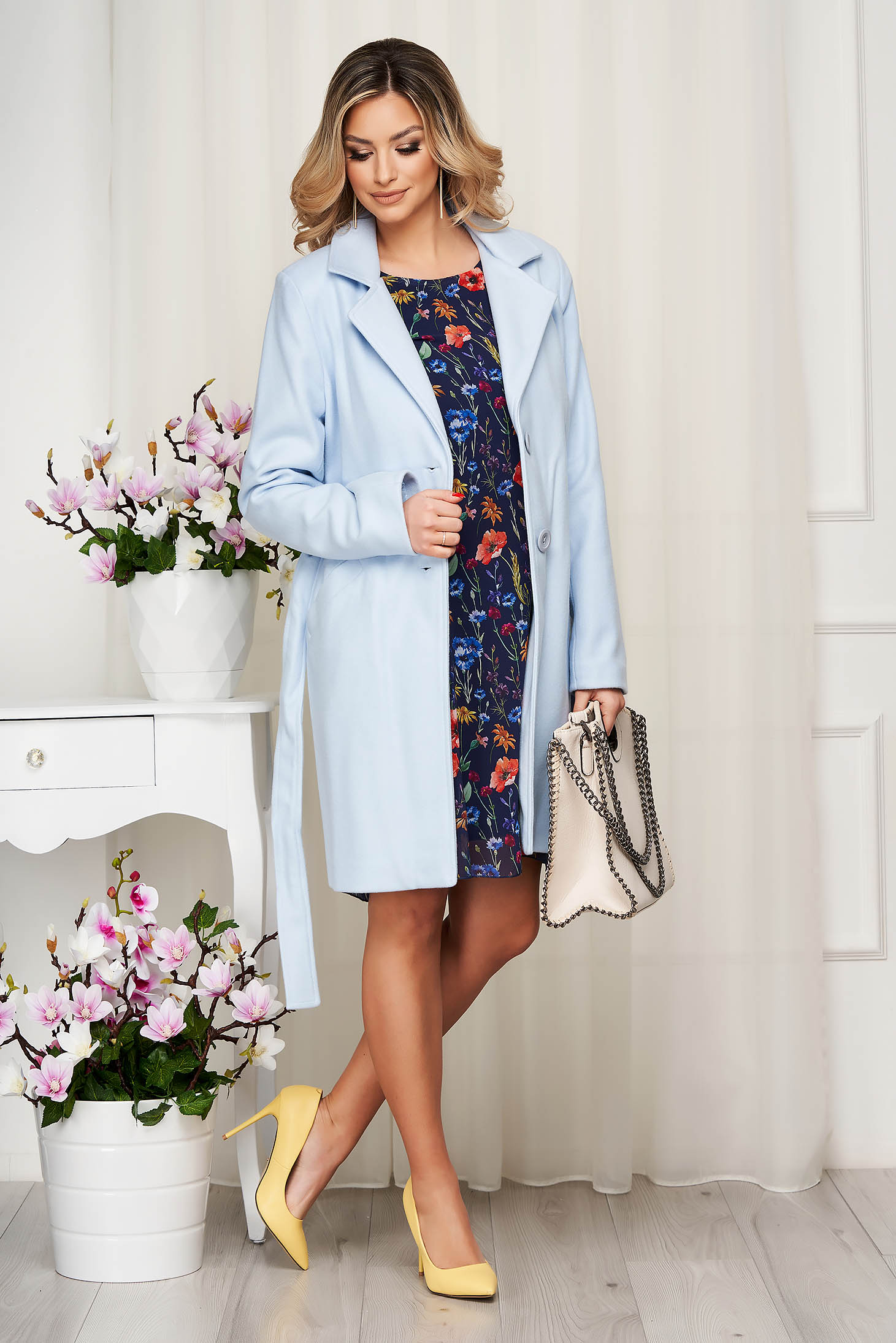 Coat lightblue soft fabric tented accessorized with tied waistband