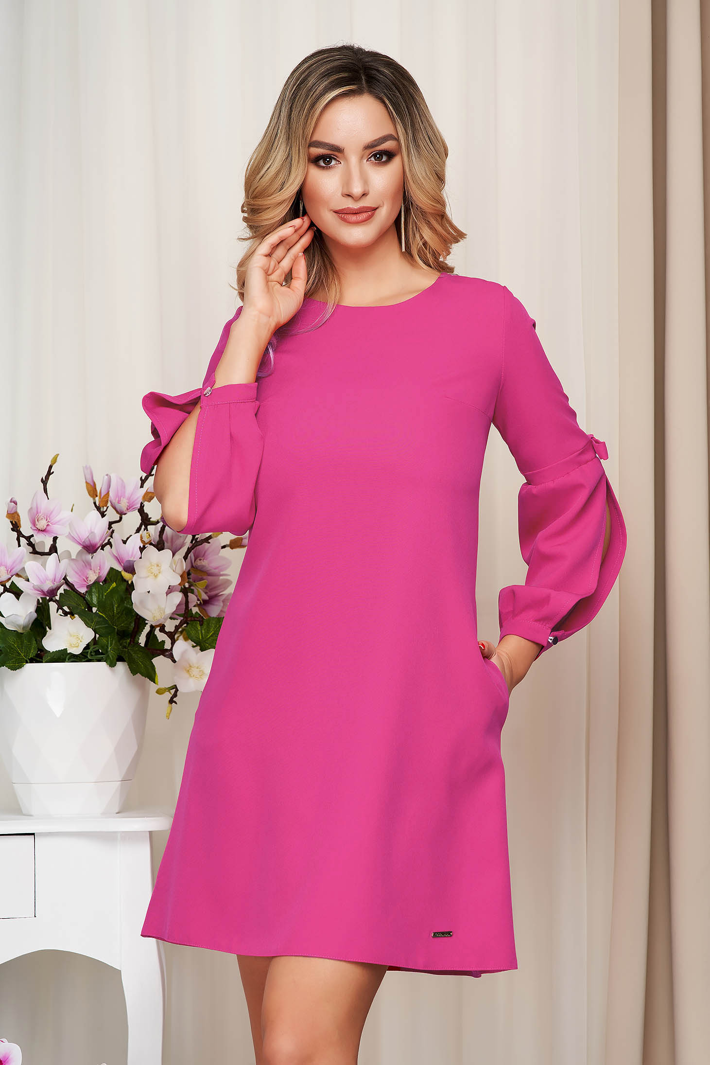 Dress fuchsia office cloth slightly elastic fabric loose fit with puffed sleeves
