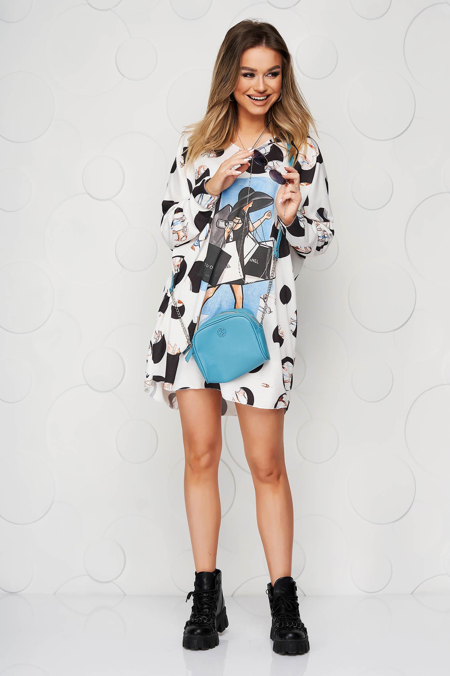 Bluza dama SunShine albastra din material elastic din material fin la atingere cu decolteu in v