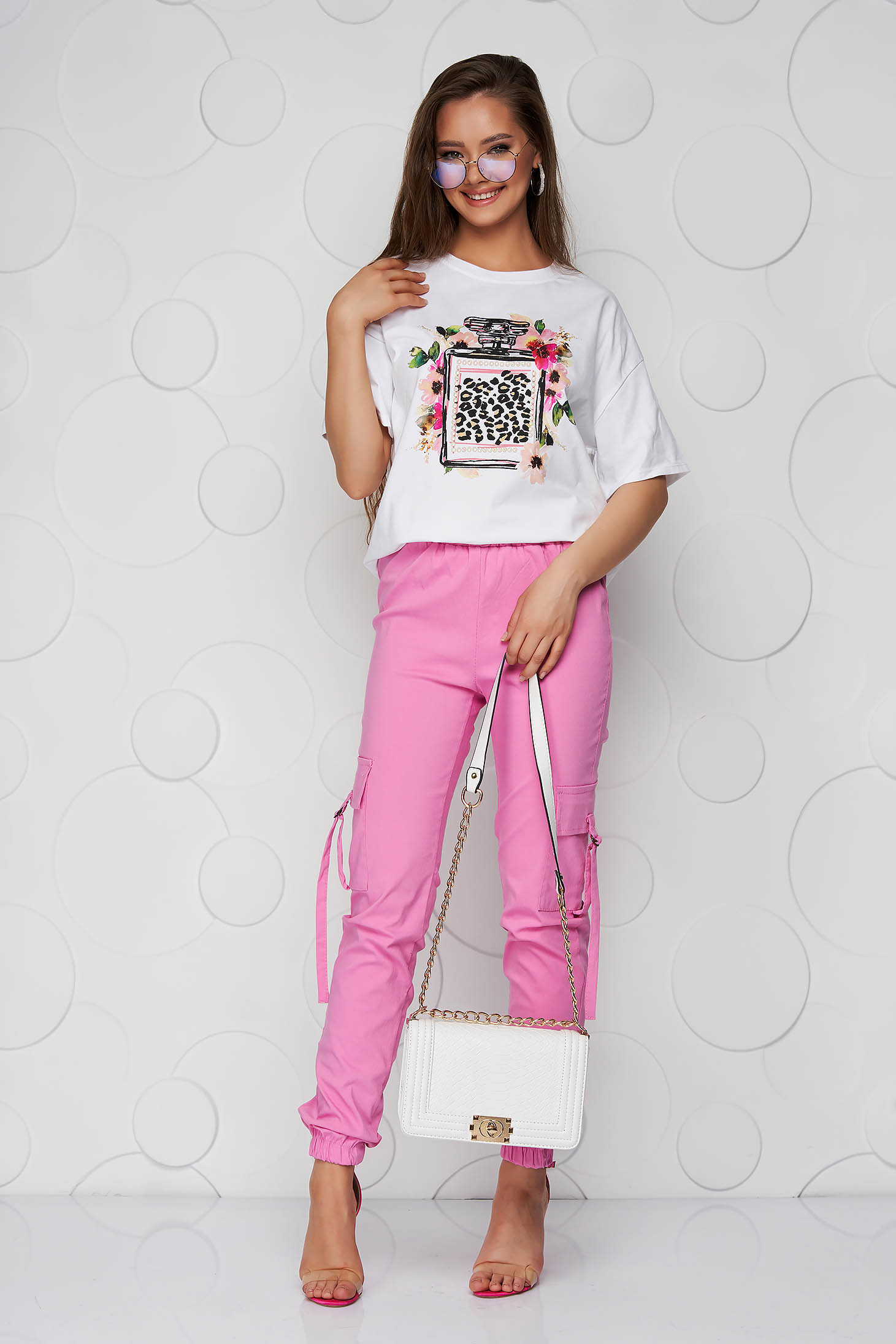 White t-shirt with graphic details elastic cotton loose fit