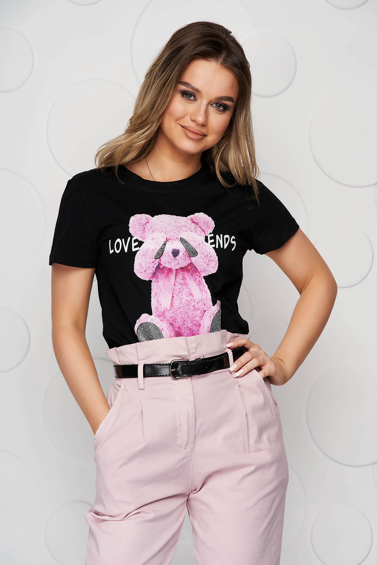 Black t-shirt with graphic details cotton loose fit short cut