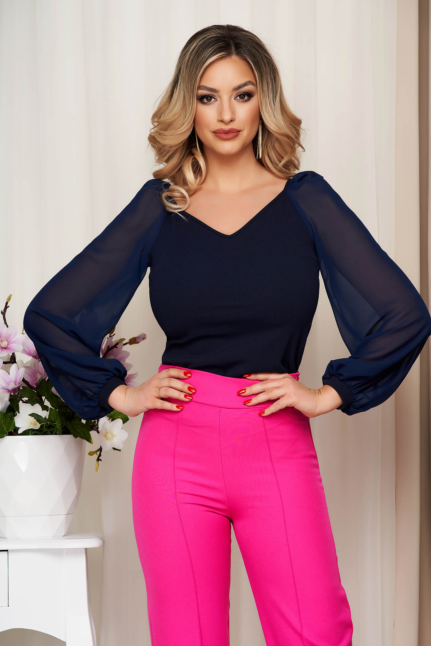 StarShinerS darkblue occasional women`s blouse with tented cut with v-neckline transparent sleeves