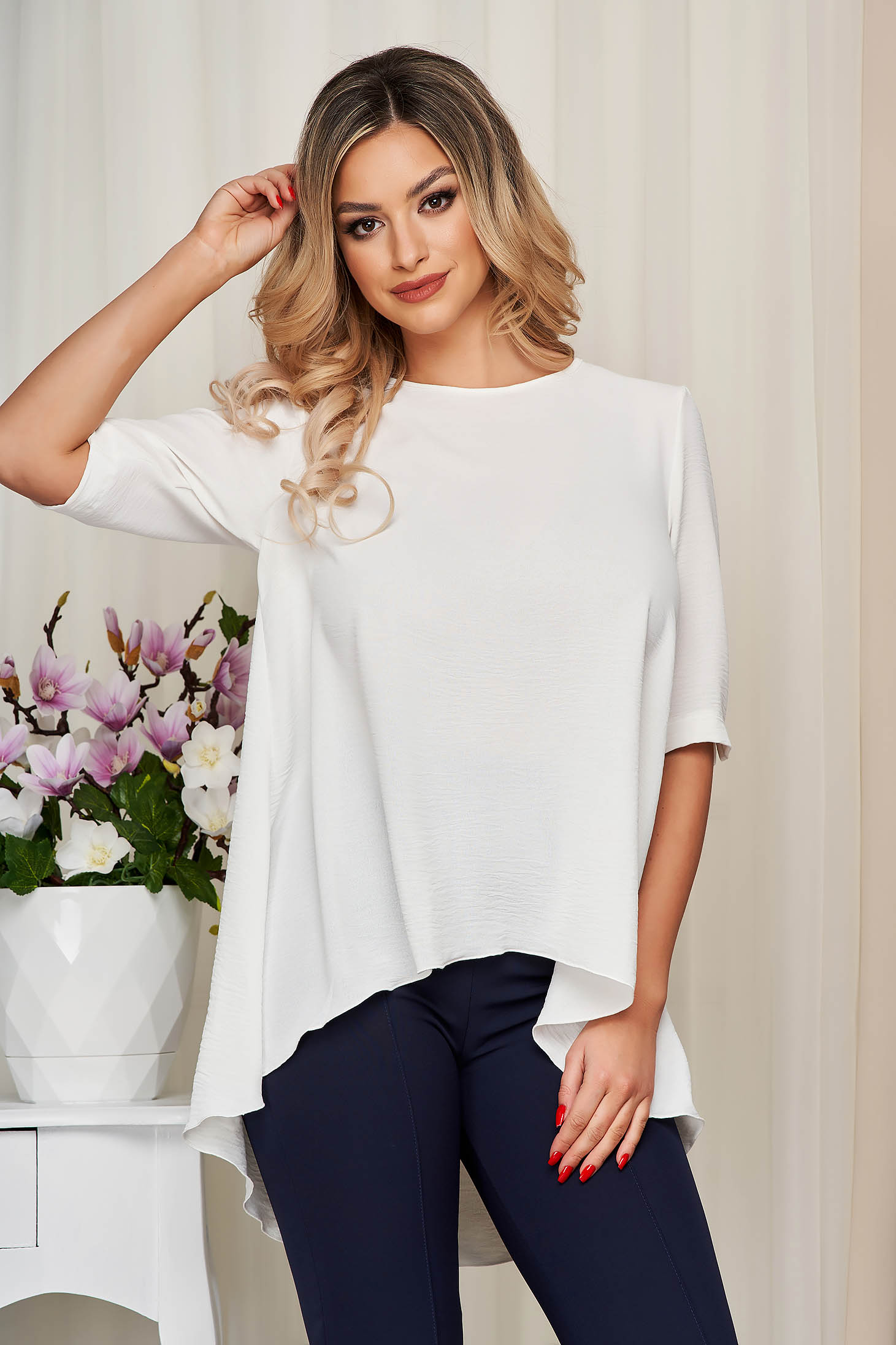 StarShinerS ivory loose fit asymmetrical women`s blouse