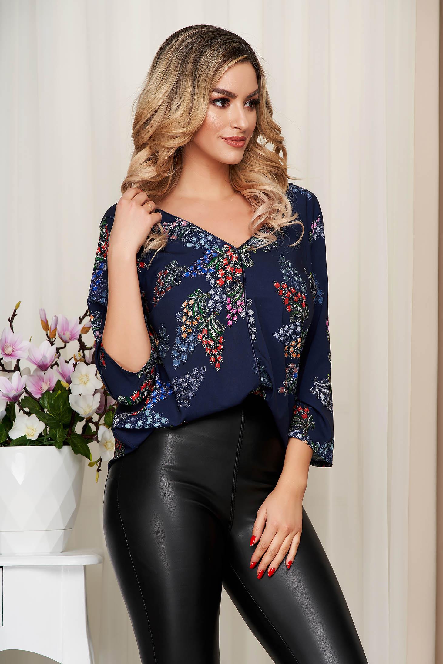 Bluza dama StarShinerS albastra cu imprimeu floral decolteu in