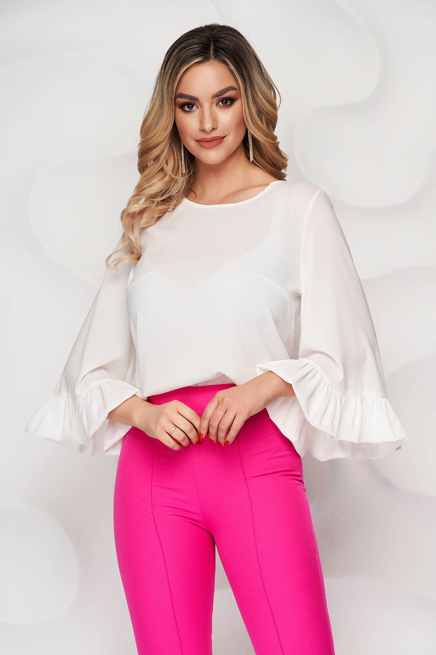 StarShinerS ivory airy fabric women`s blouse with easy cut