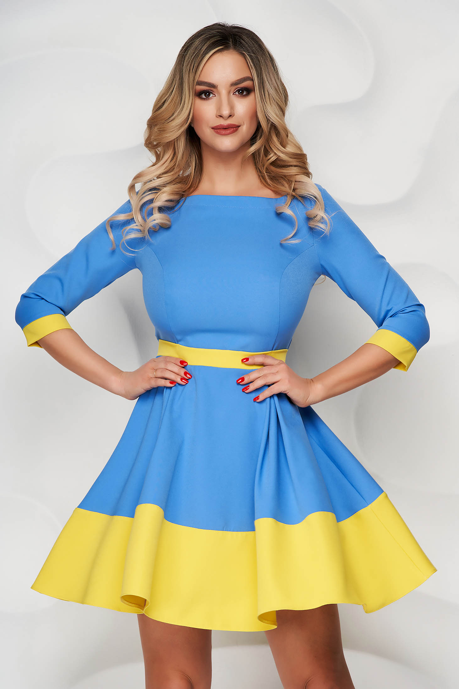 Rochie StarShinerS albastra scurta din stofa cu maneci trei-sferturi