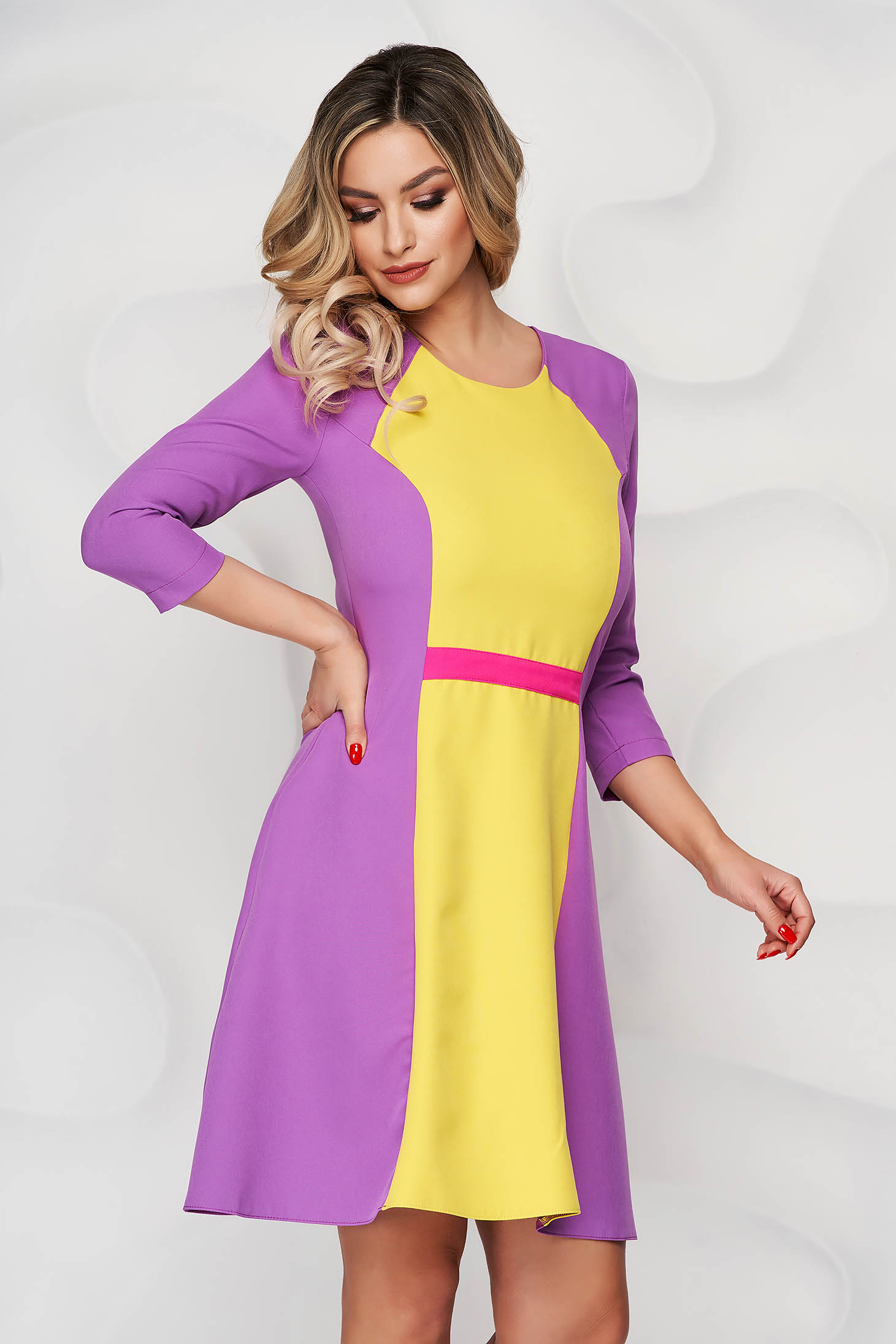 StarShinerS purple short cut cloth a-line dress with rounded cleavage