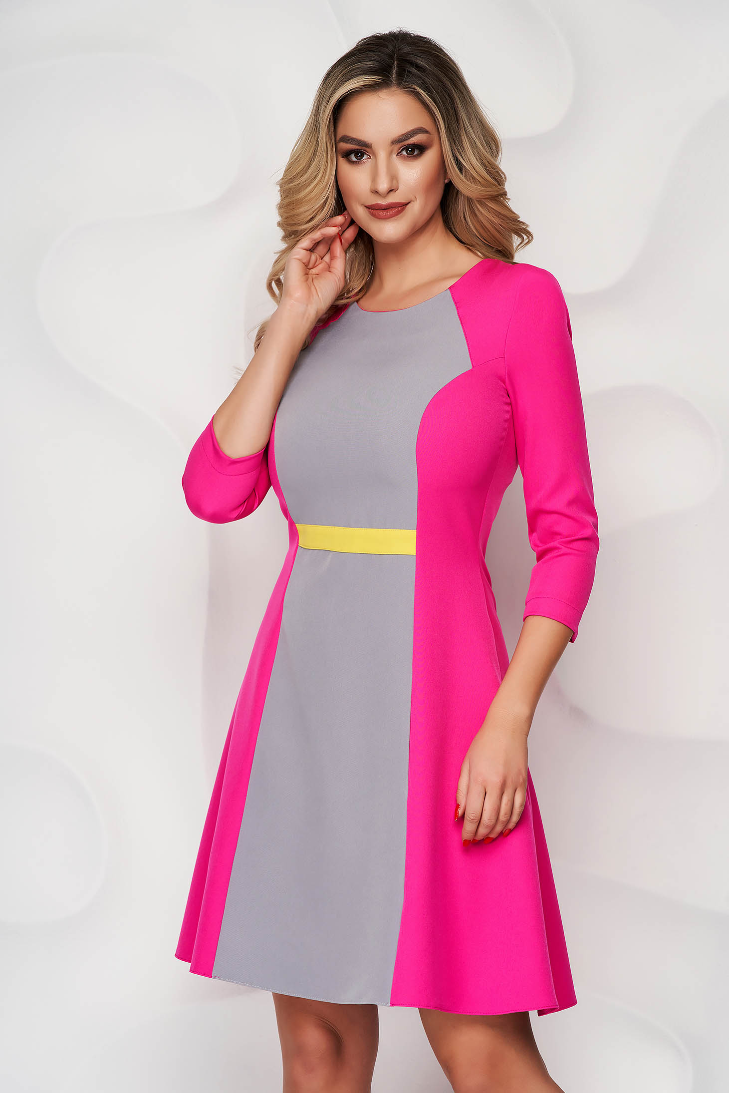 StarShinerS fuchsia short cut cloth a-line dress with rounded cleavage